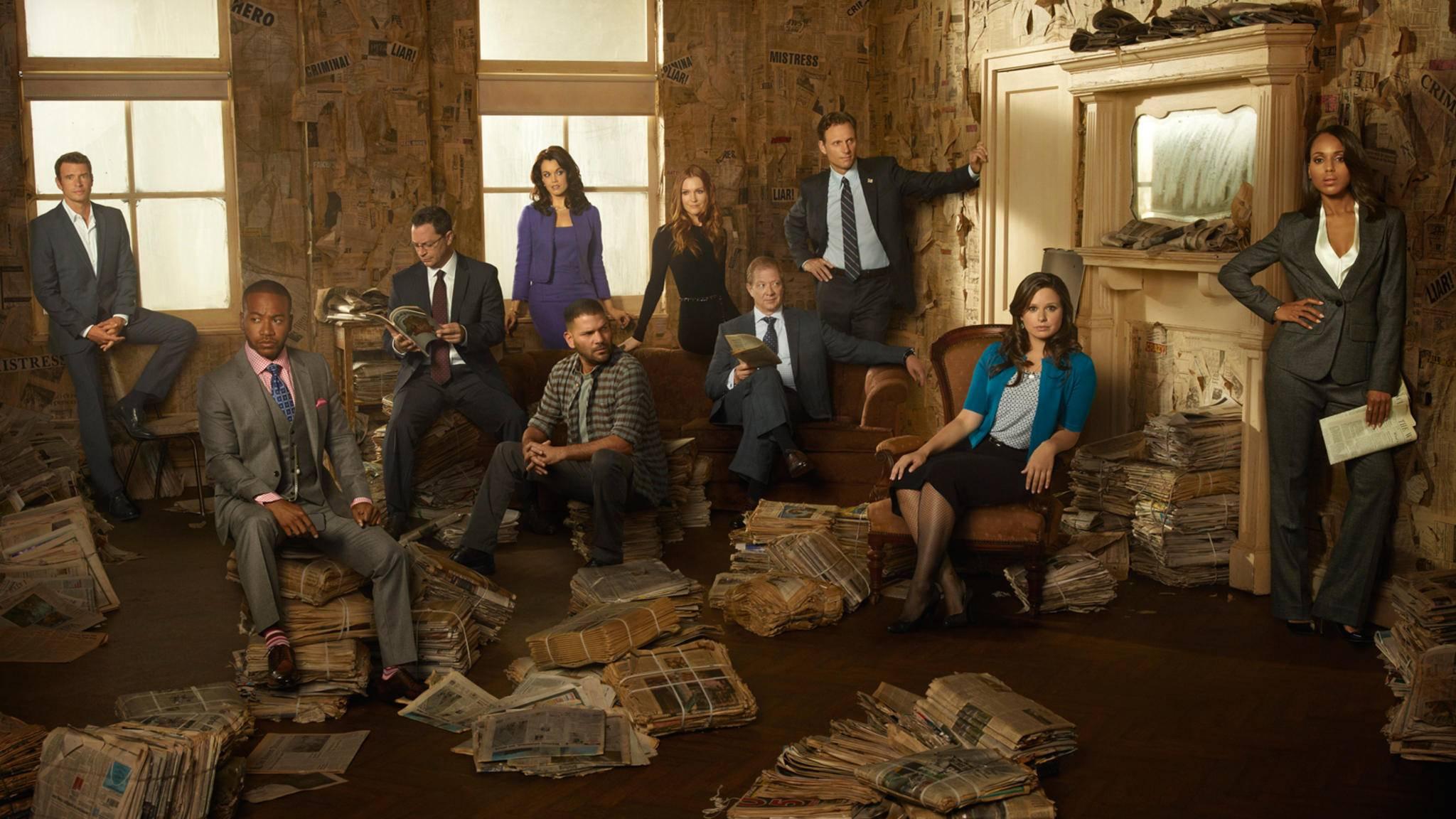 Olivia Pope (Kerry Washington, rechts) ist Krisenmanagerin durch und durch.