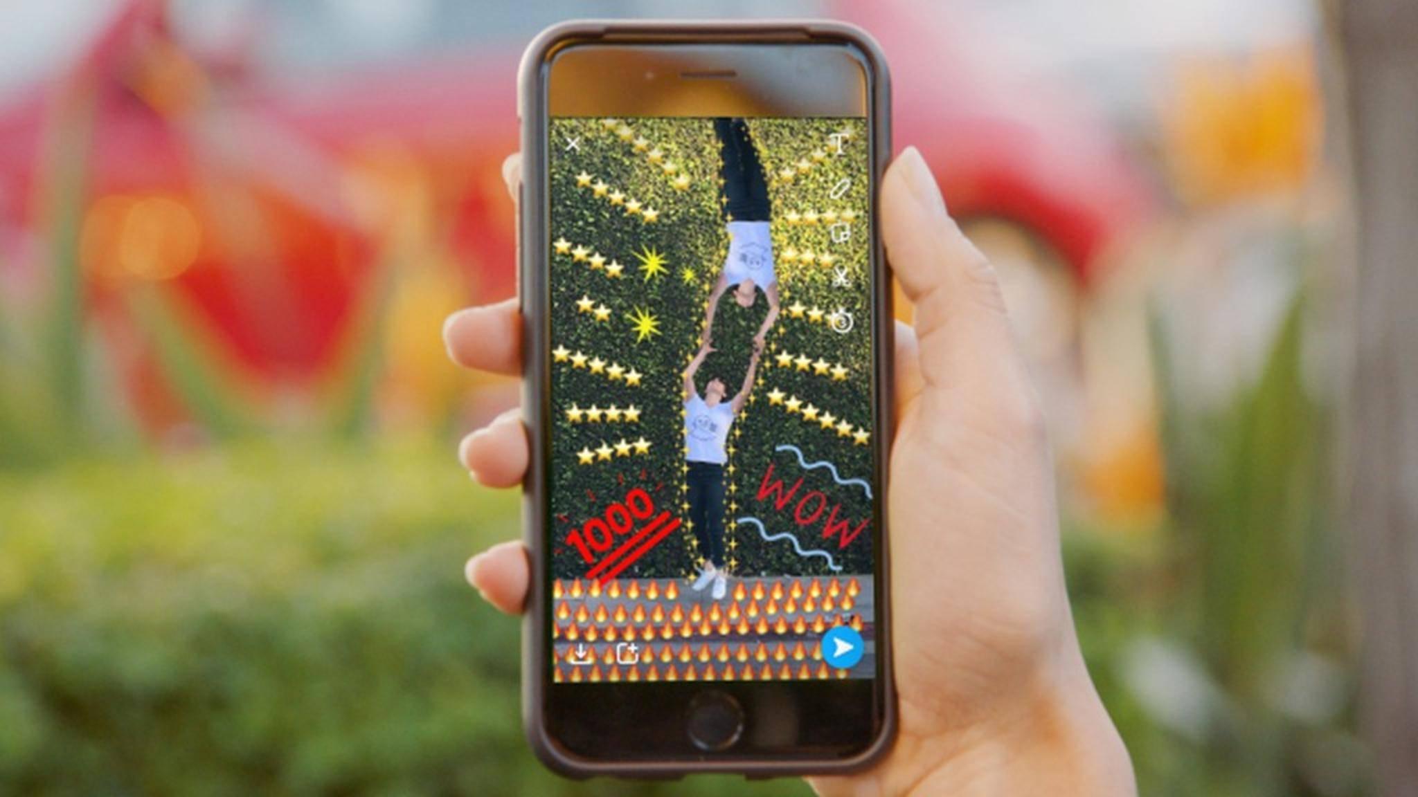 Wer in Snapchat viele bunte Bilder sendet, kann dadurch Trophäen erringen.