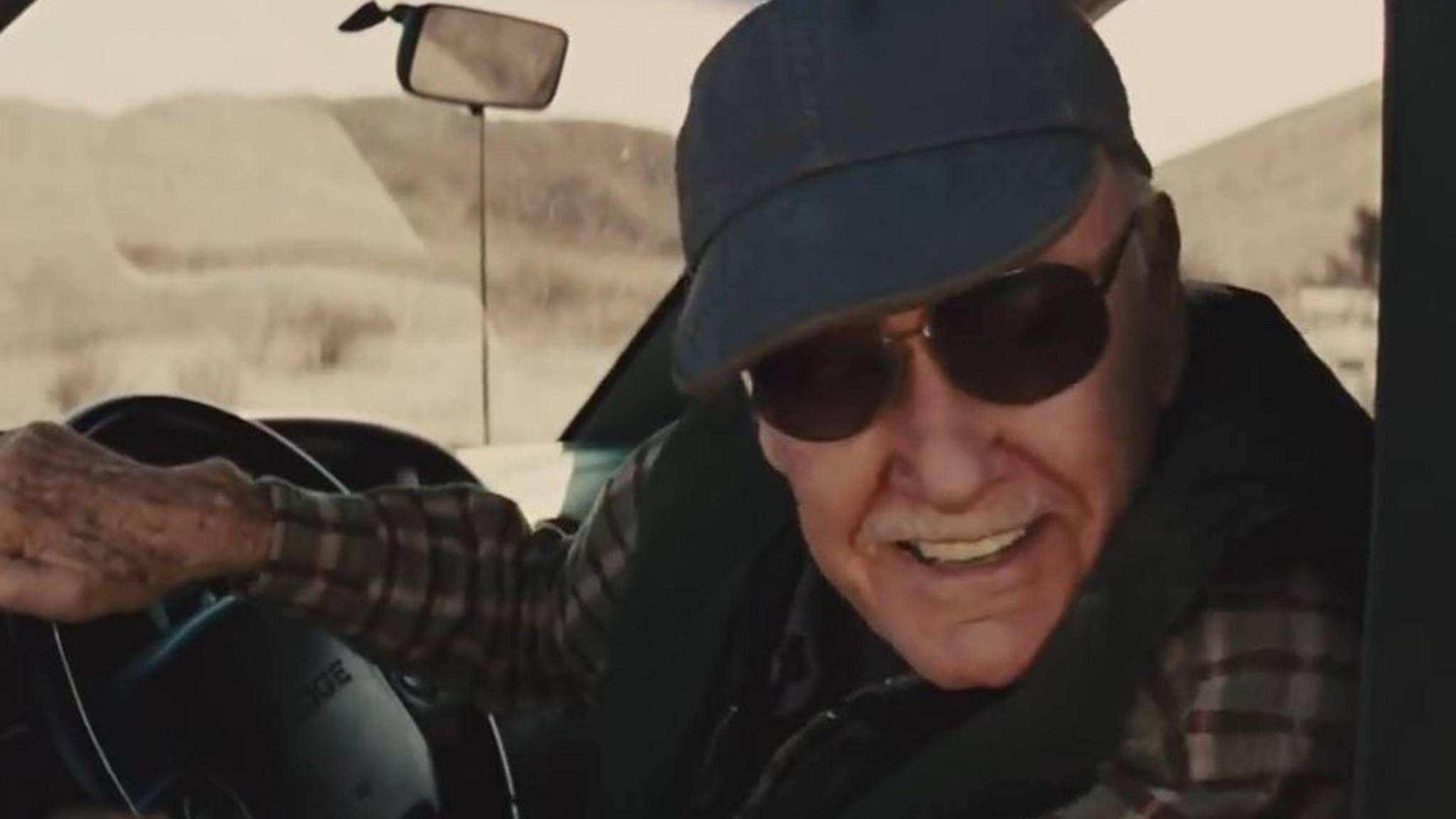"""In """"Thor"""" fuhr Stan Lee einen Pick-up, in """"Infinity War"""" sitzt er wieder am Steuer."""
