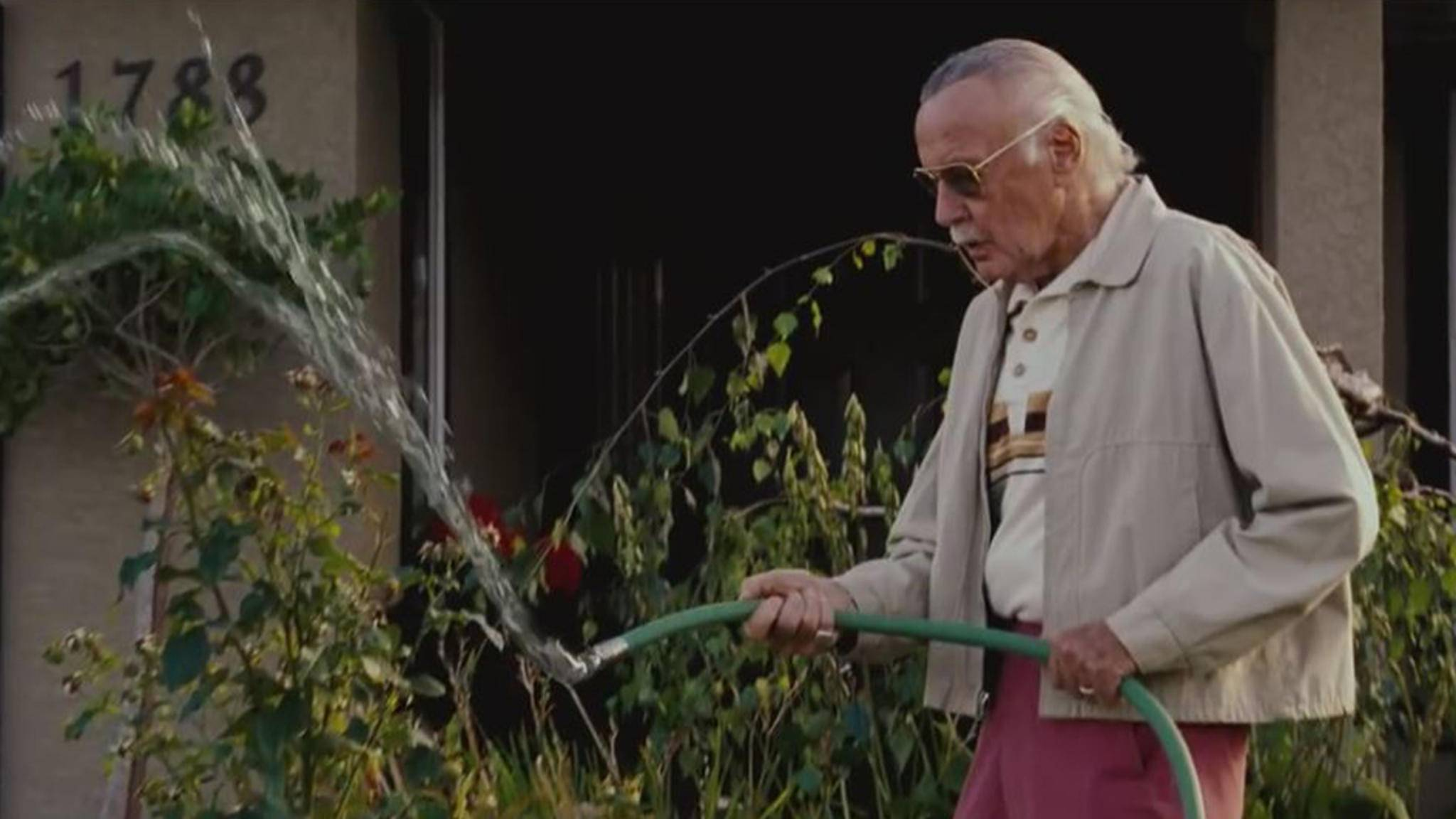 """Mit seinen Cameos sorgt Marvel-Urgestein Stan Lee immer wieder für Lacher – hier in """"X-Men: Der letzte Widerstand""""."""