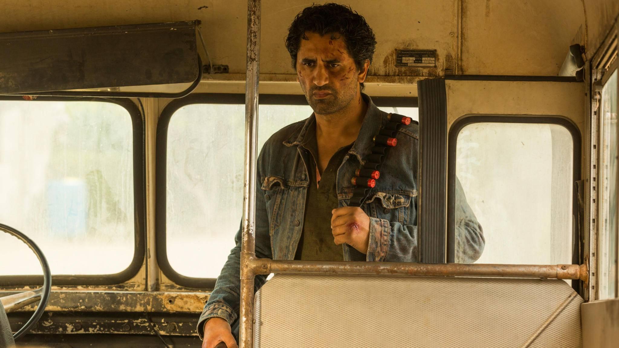 """Wird Travis (Cliff Curtis) Staffel 3 von """"Fear the Walking Dead"""" überleben?"""