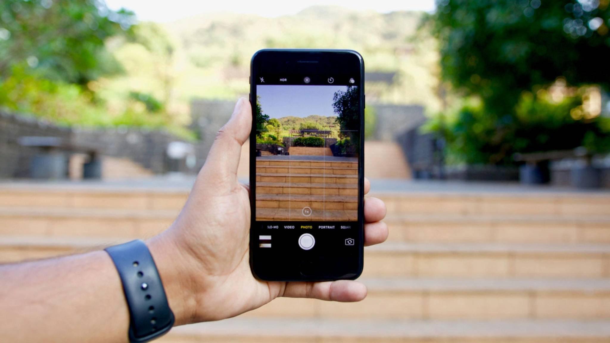 Bei iPhone-Fotos Datum und Ort ändern: So geht's