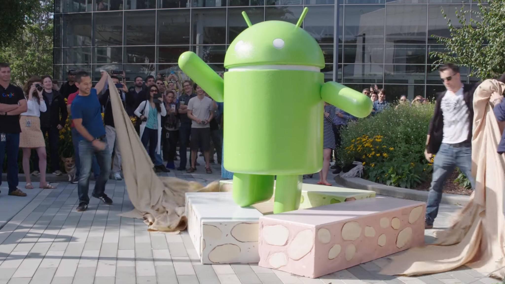 Android Nougat muss es nicht unbedingt sein – aber ganz alte Versionen werden von WhatsApp nicht mehr unterstützt.