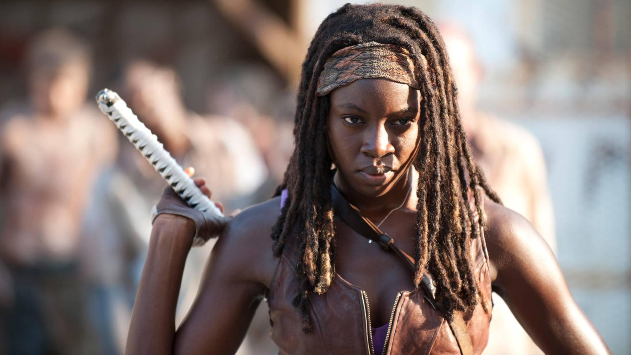"""Michonne (Danai Gurira) dürfte den Fans von """"The Walking Dead"""" noch eine Weile erhalten bleiben."""