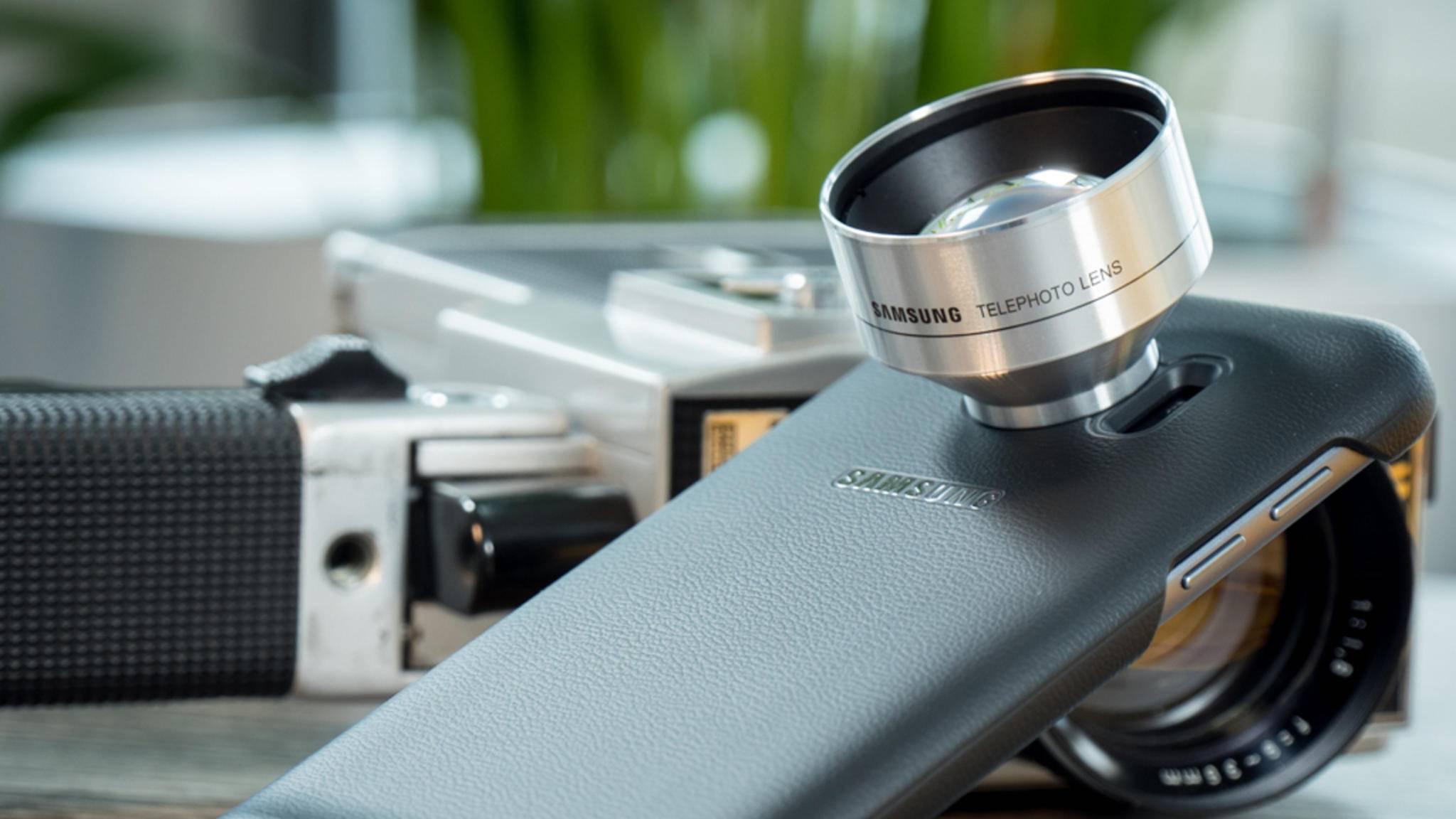 Zu dem erhältlichen Zubehör für das Galaxy S7 zählt auch das Lens Cover.