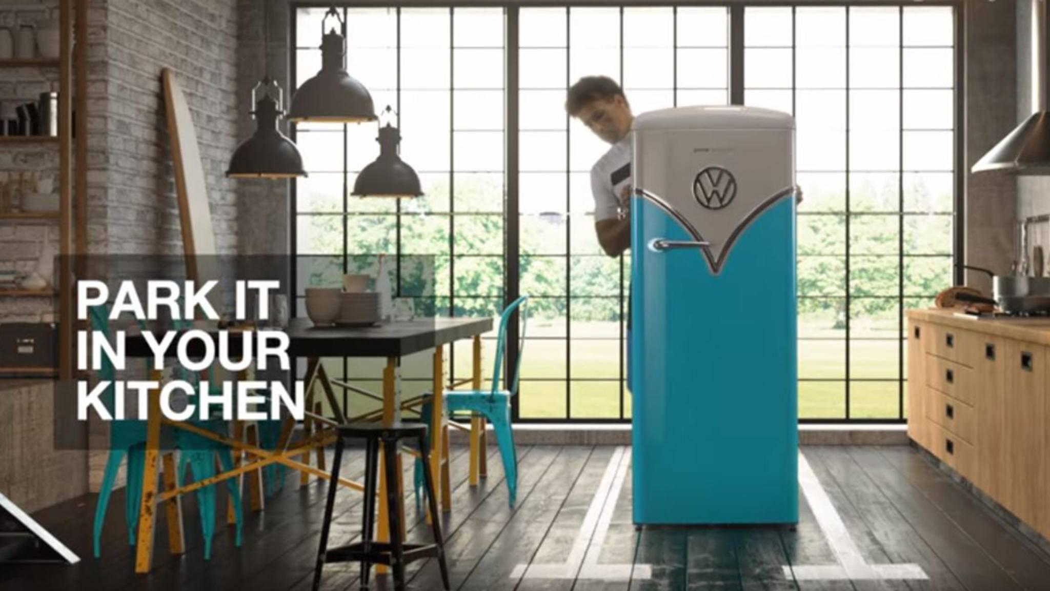 Nicht nur für Autonarren: Der neue Gorenje-Kühlschrank bringt neben dem lässigen VW-Design modernste Technik mit sich.