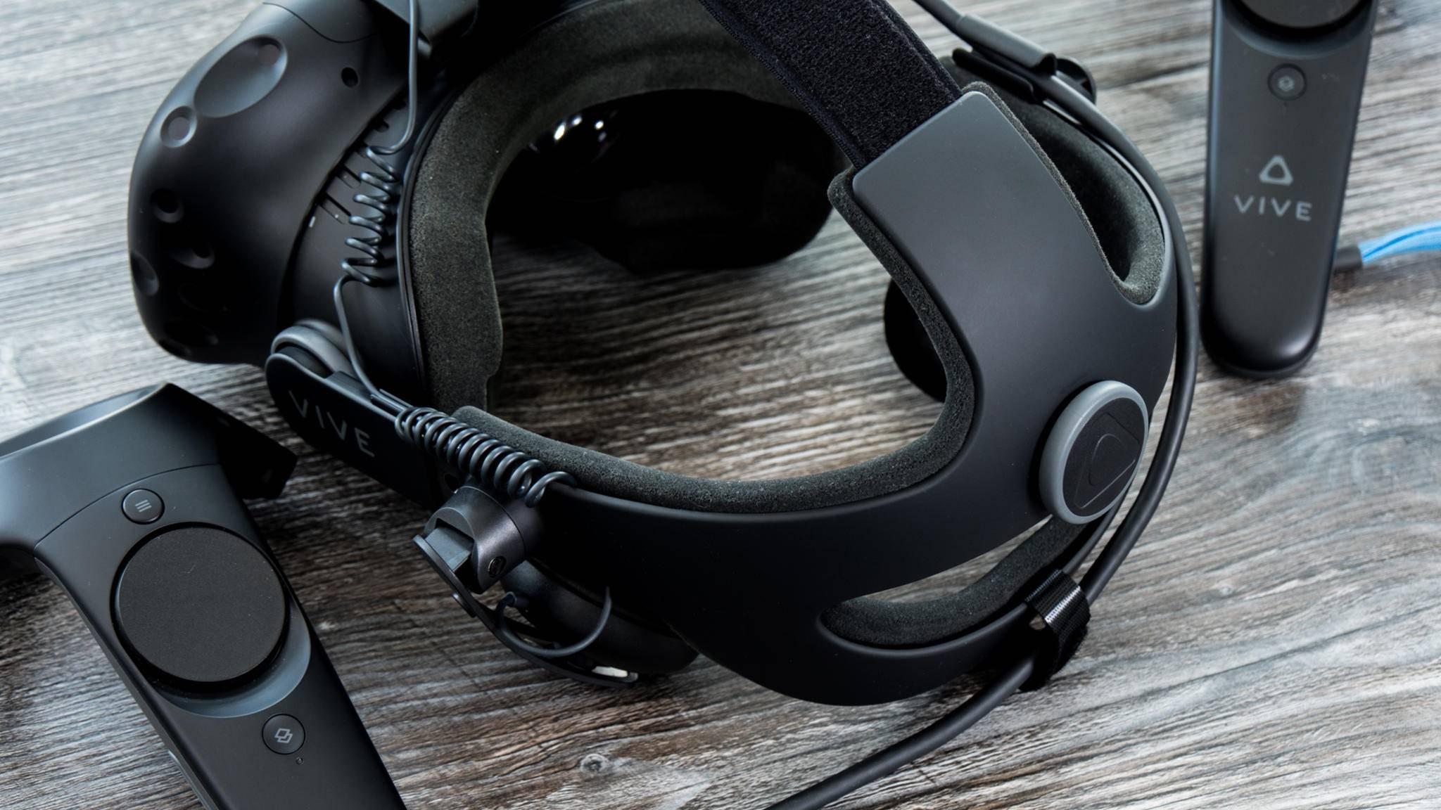 HTC rüstet die Vive mit dem Deluxe Audio Strap auf.