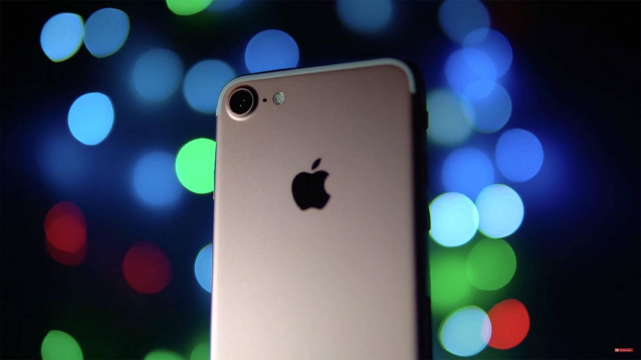 Ein iPhone 7 (Symbolbild) wurde in England nach zwei Tagen aus dem Meer gefischt – und lief immer noch.