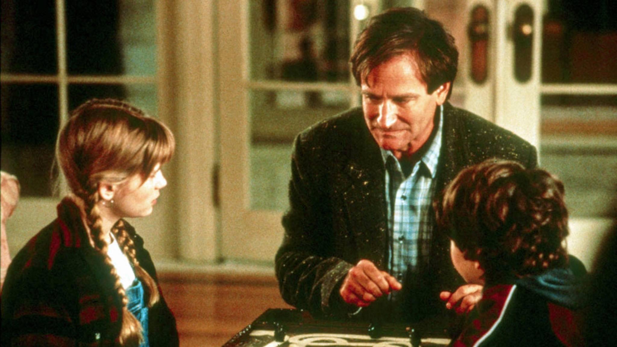 """In """"Jumanji"""" tauchte Robin Williams in die Welt eines geheimnisvollen Brettspiels ab. In """"Jumanji 2"""" wird seine Anwesenheit nachwirken."""