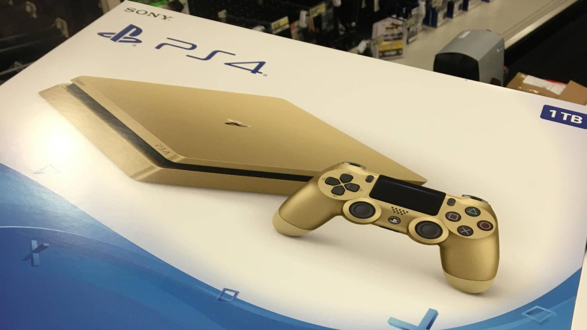Offiziell gibt es diese goldene PS4 noch nicht im Handel. Fotos kursieren trotzdem schon.