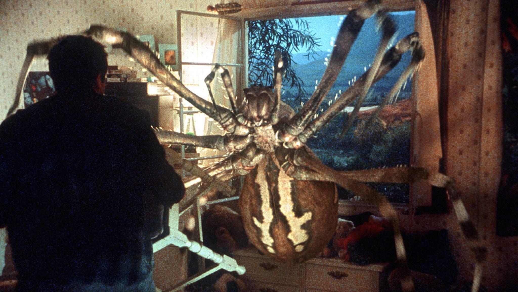 Bei solchen mutierten Riesenviechern hilft auch kein Insektenspray mehr.