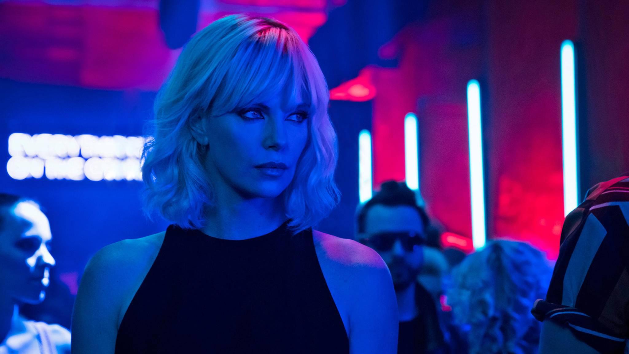 """In """"Atomic Blonde"""" überzeugt Charlize Theron als schlagkräftige Spionin."""