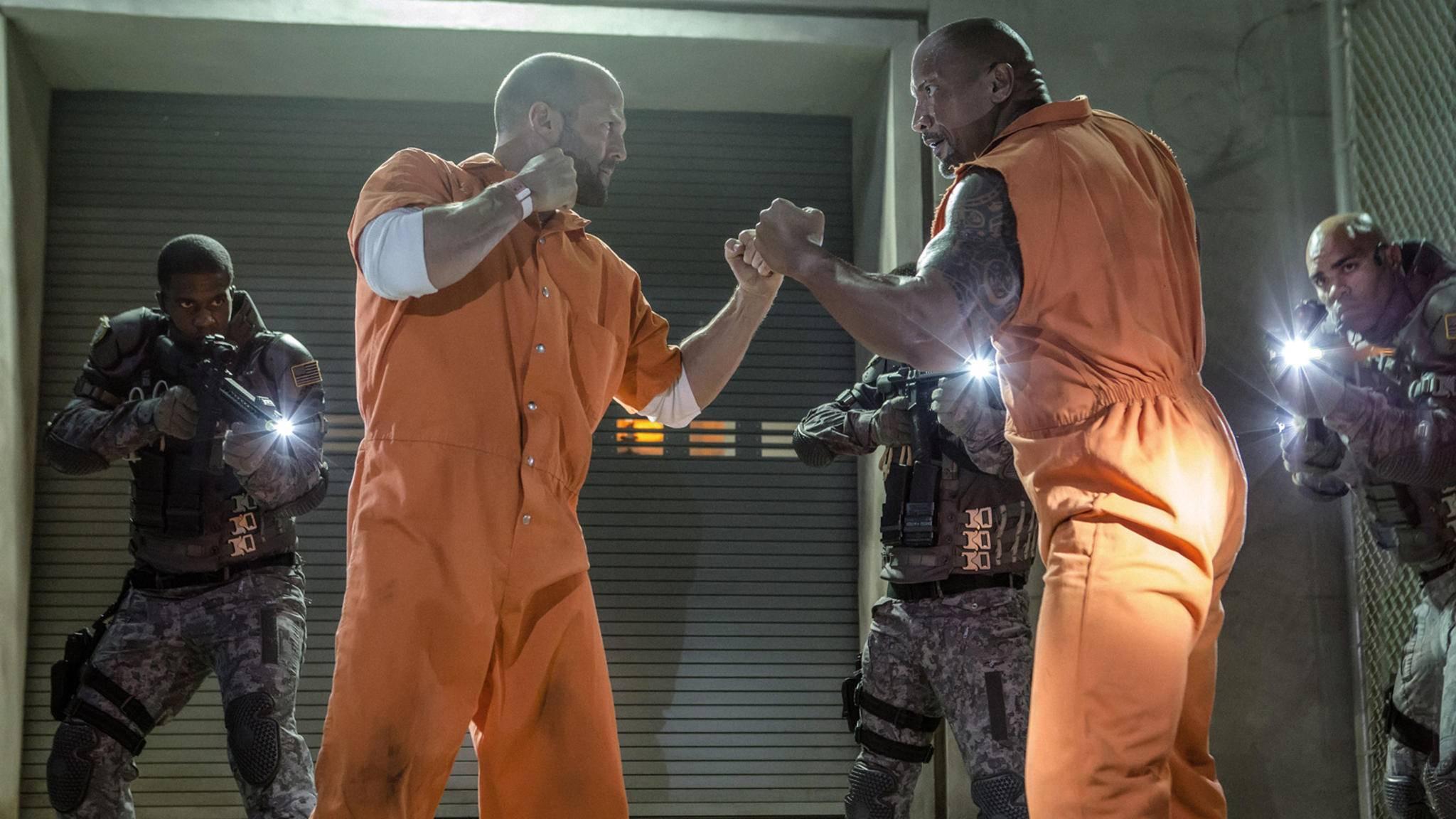 """Statham (links) und Johnson (rechts) schlagen sich 2019 mit """"Hobbs and Shaw"""" ohne die """"Familie"""" in die Kinos."""