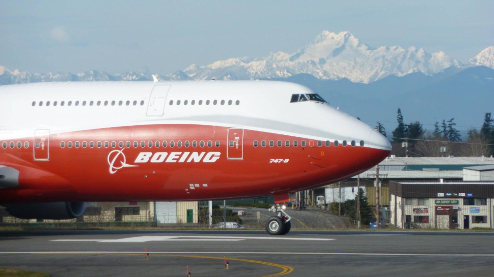 Mit Flug-Tracker-Apps lässt sich die Position aller Flugzeuge anzeigen.
