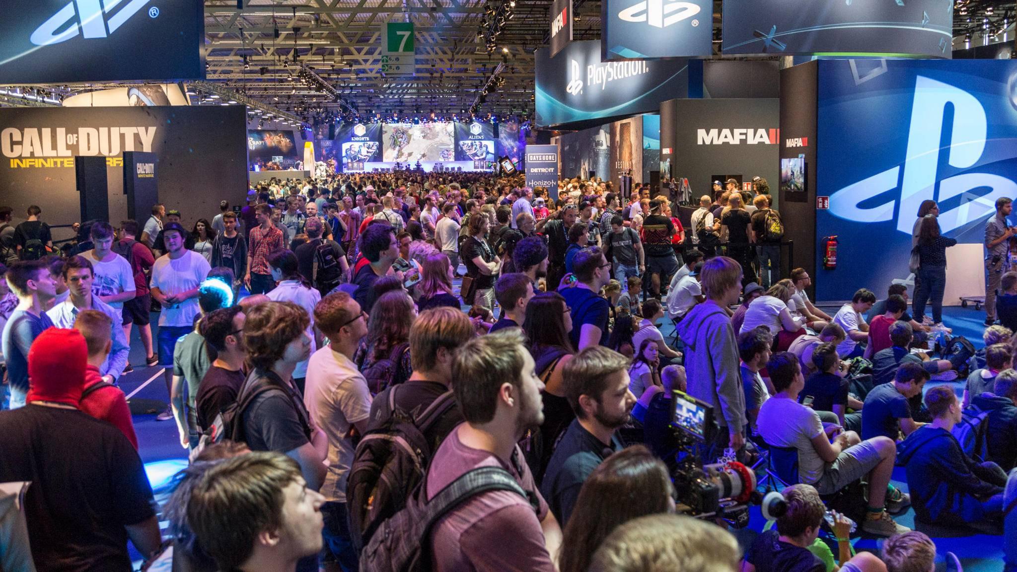 Volles Haus: Auch auf der Gamescom 2017 werden strengere Sicherheitsmaßnahmen nötig sein.