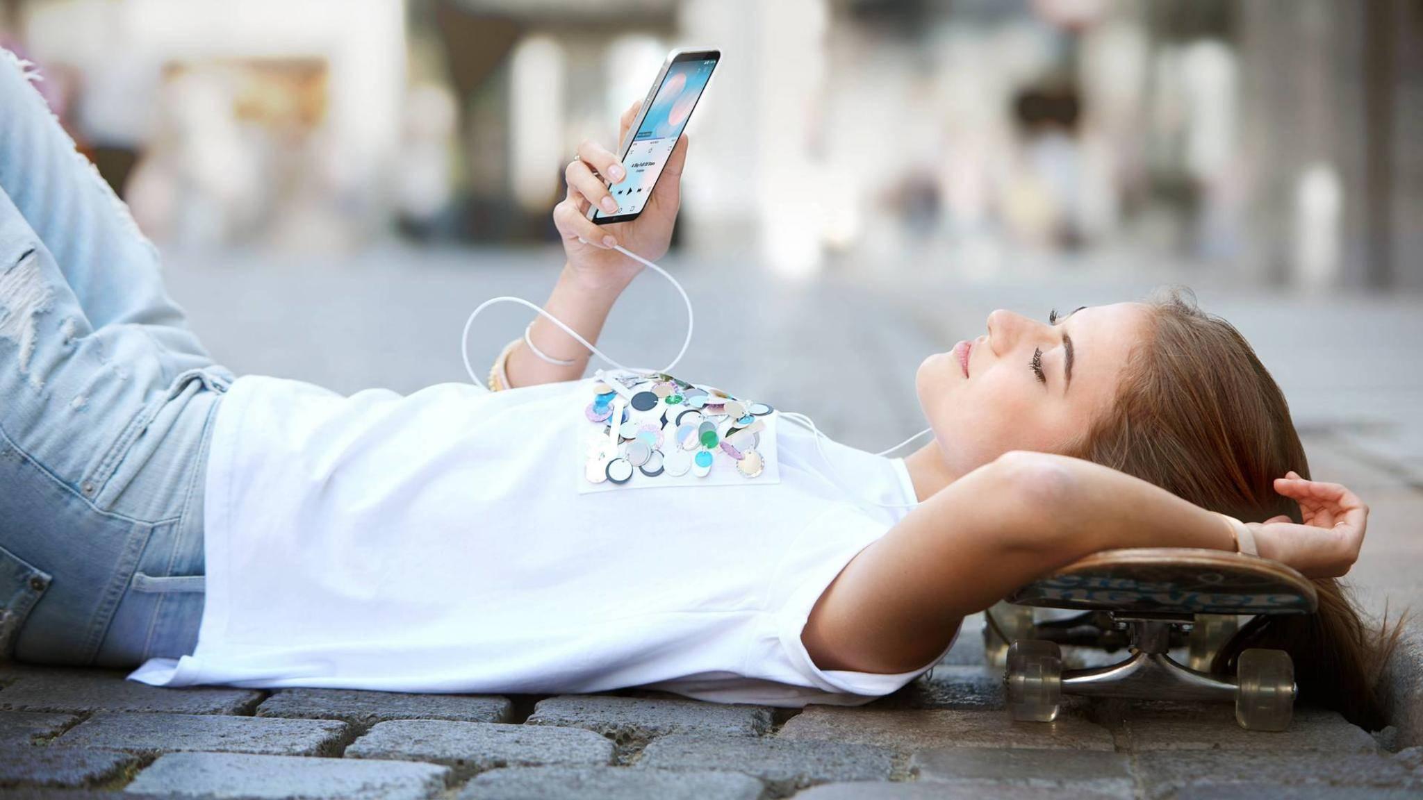 Immer mehr Smartphones besitzen ein randloses Display.