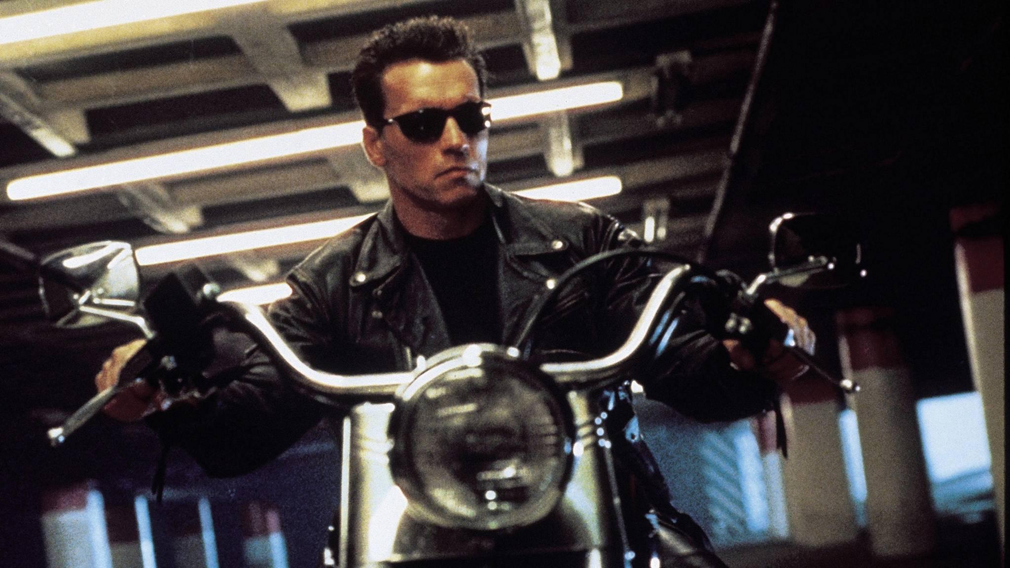 Niemand anderes könnte den wortkargen Cyborg wohl so gut spielen wie Arnold Schwarzenegger.