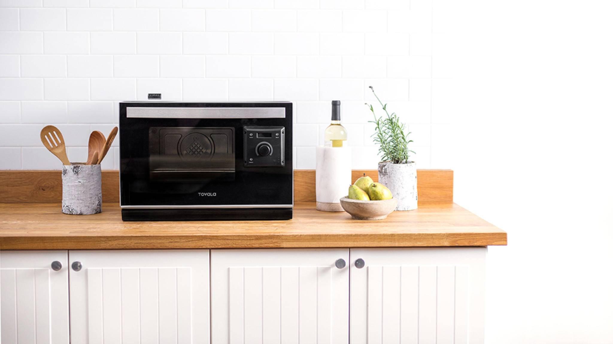 Der smarte Ofen von Tovala hat die Größe einer Mikrowelle.
