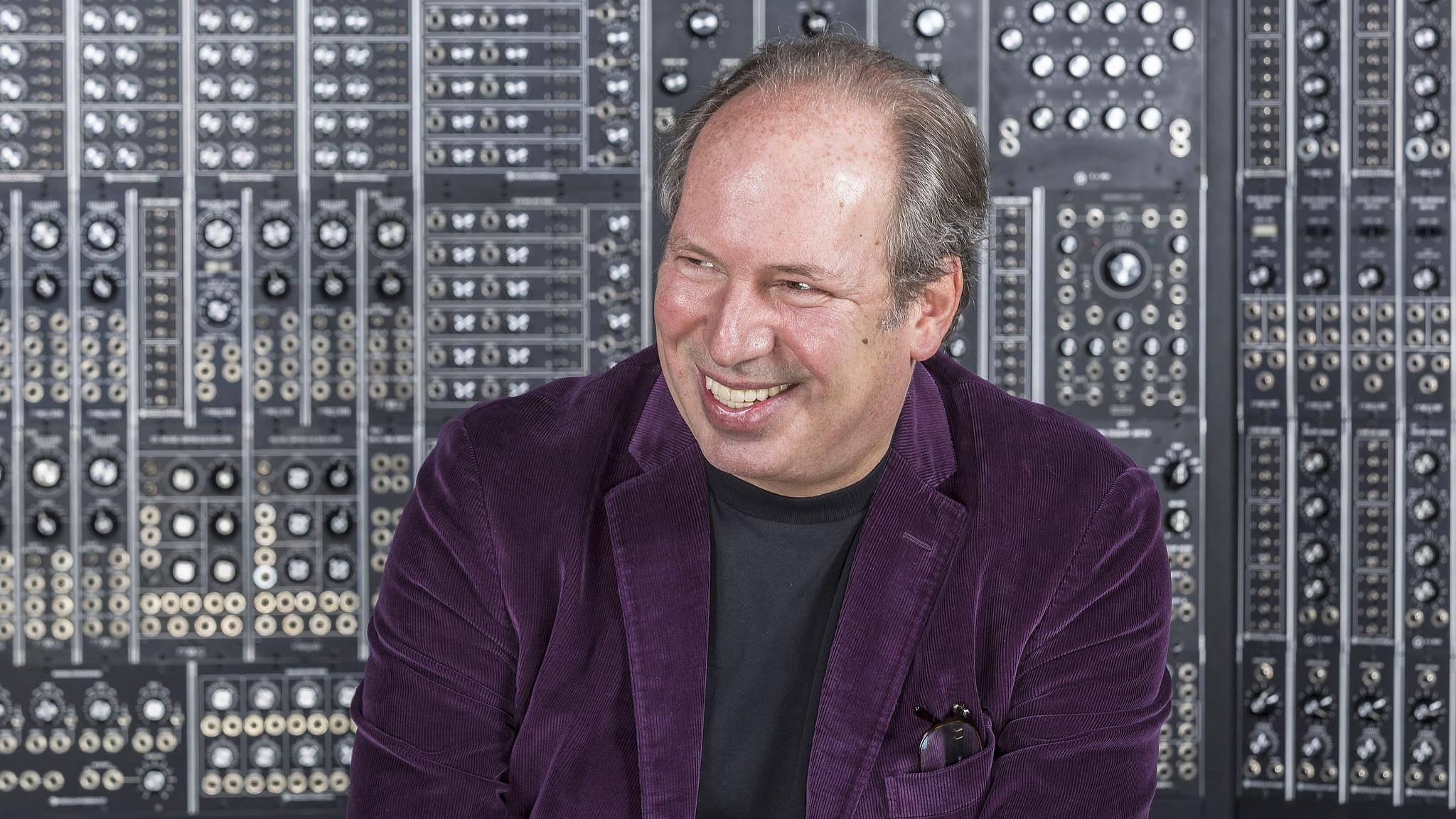 """Hans Zimmer spendiert """"Blade Runner 2049"""" ein paar seiner ikonischen Soundtrack-Klänge."""