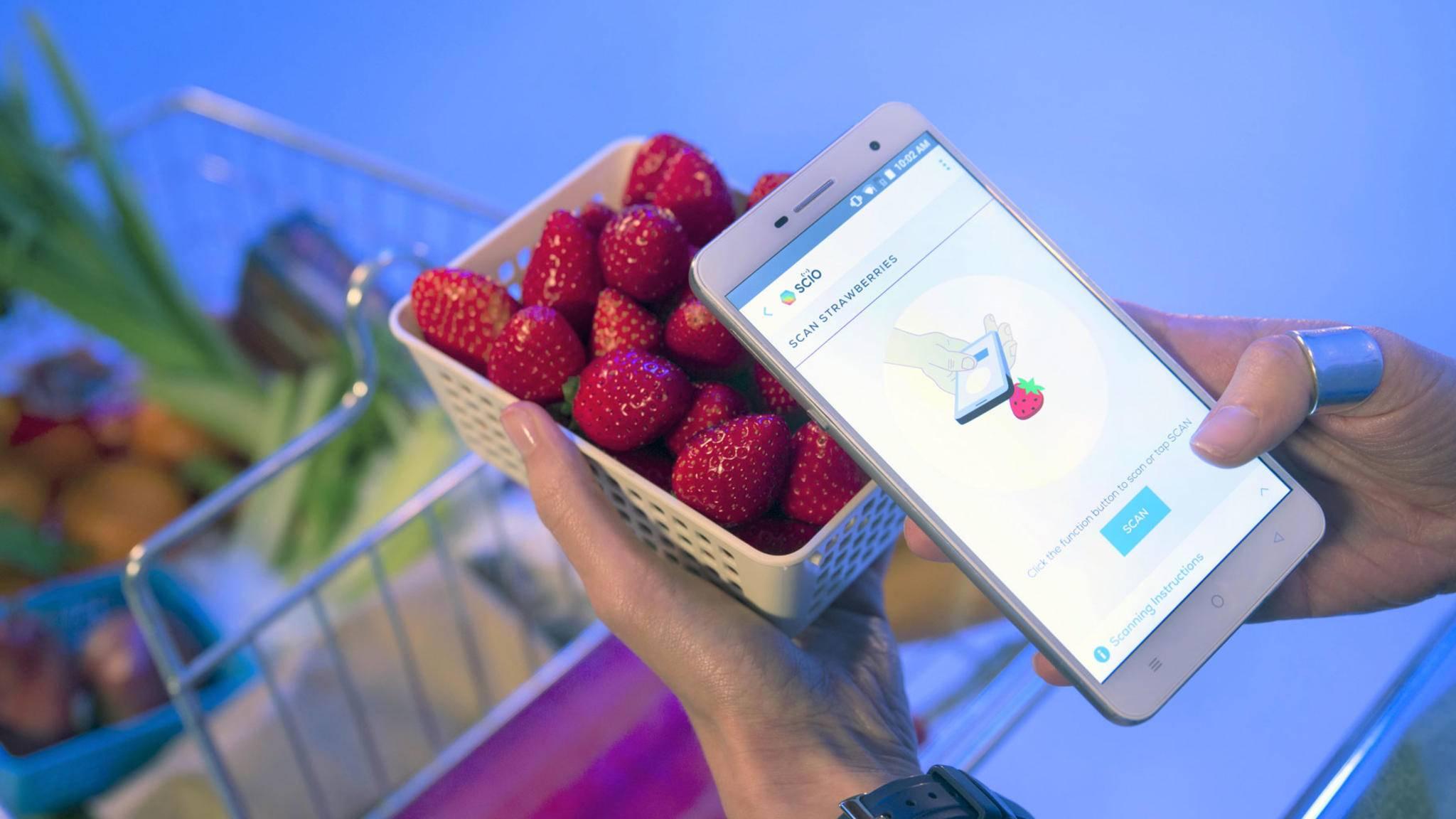 Wie frisch die Erdbeeren wohl sein mögen? Das Changhong H2 verrät es Dir.