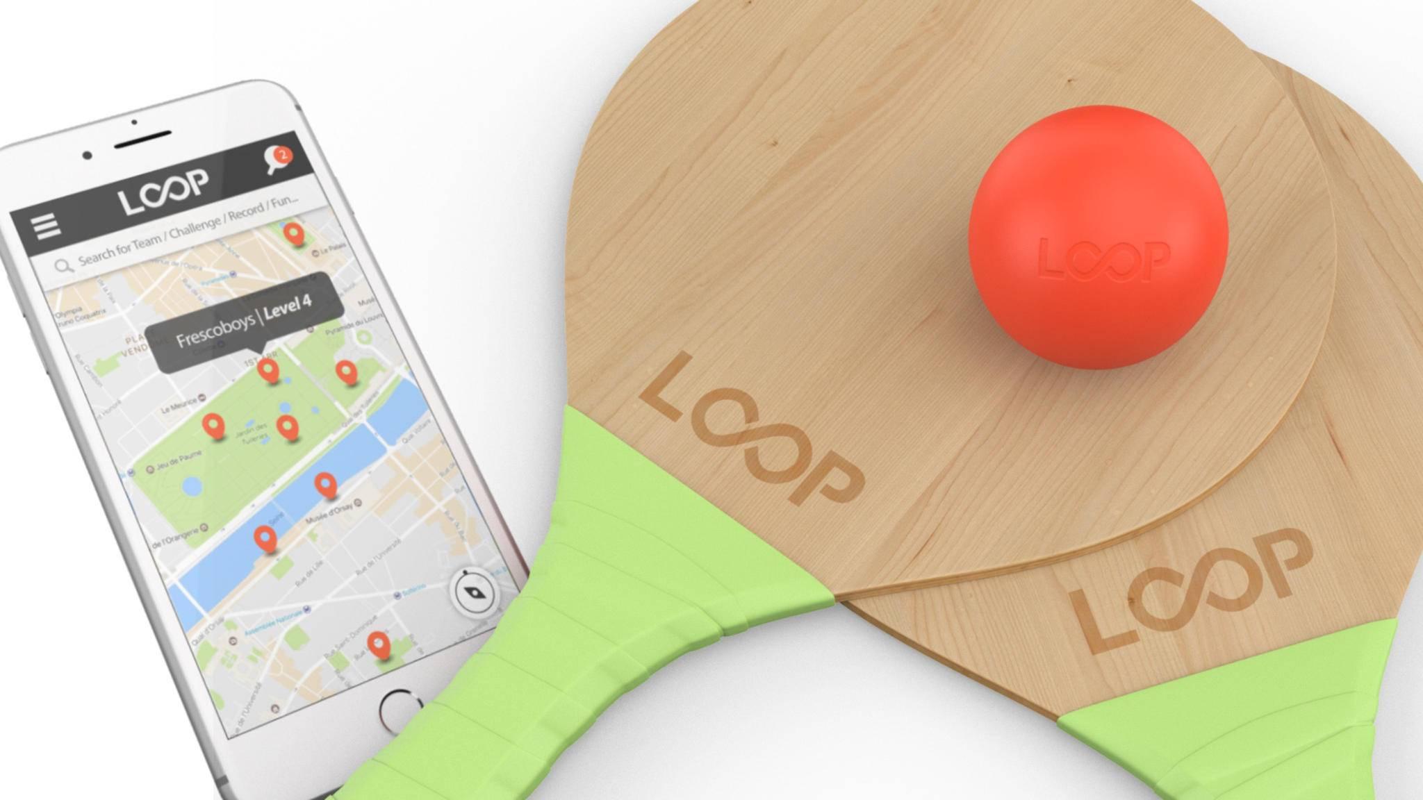 Klein, rot, smart: Der LoopBall wertet Beachball-Spiele aus und schickt die Ergebnisse auf Dein Smartphone.
