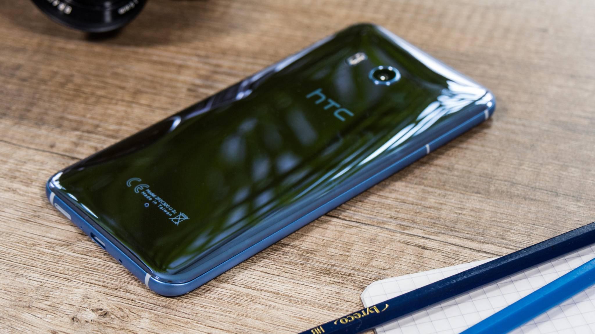 Das HTC U11 glänzt nicht nur mit seiner Rückseite.