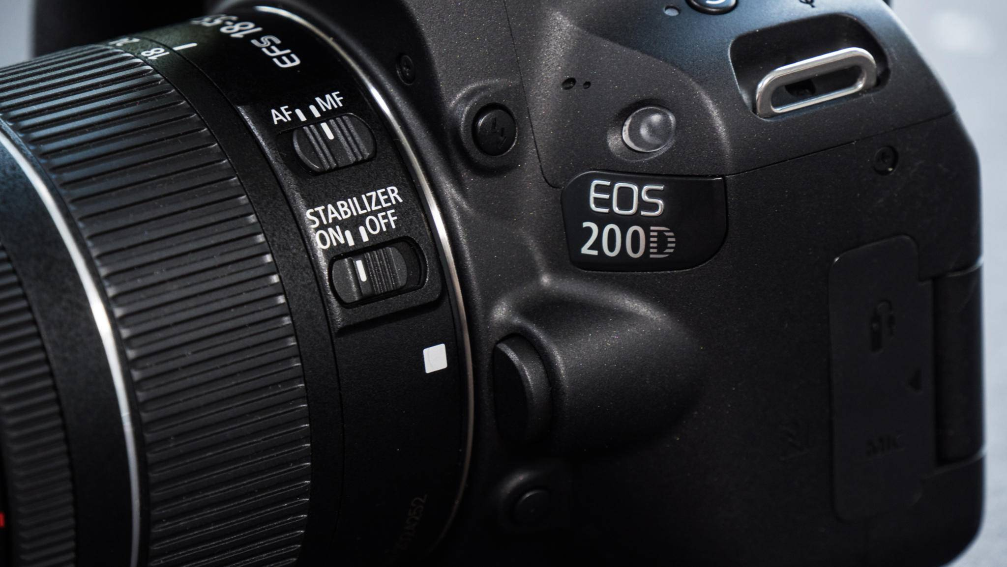 Die Bildstabilisierung ist bei Canon vom Objektiv abhängig.
