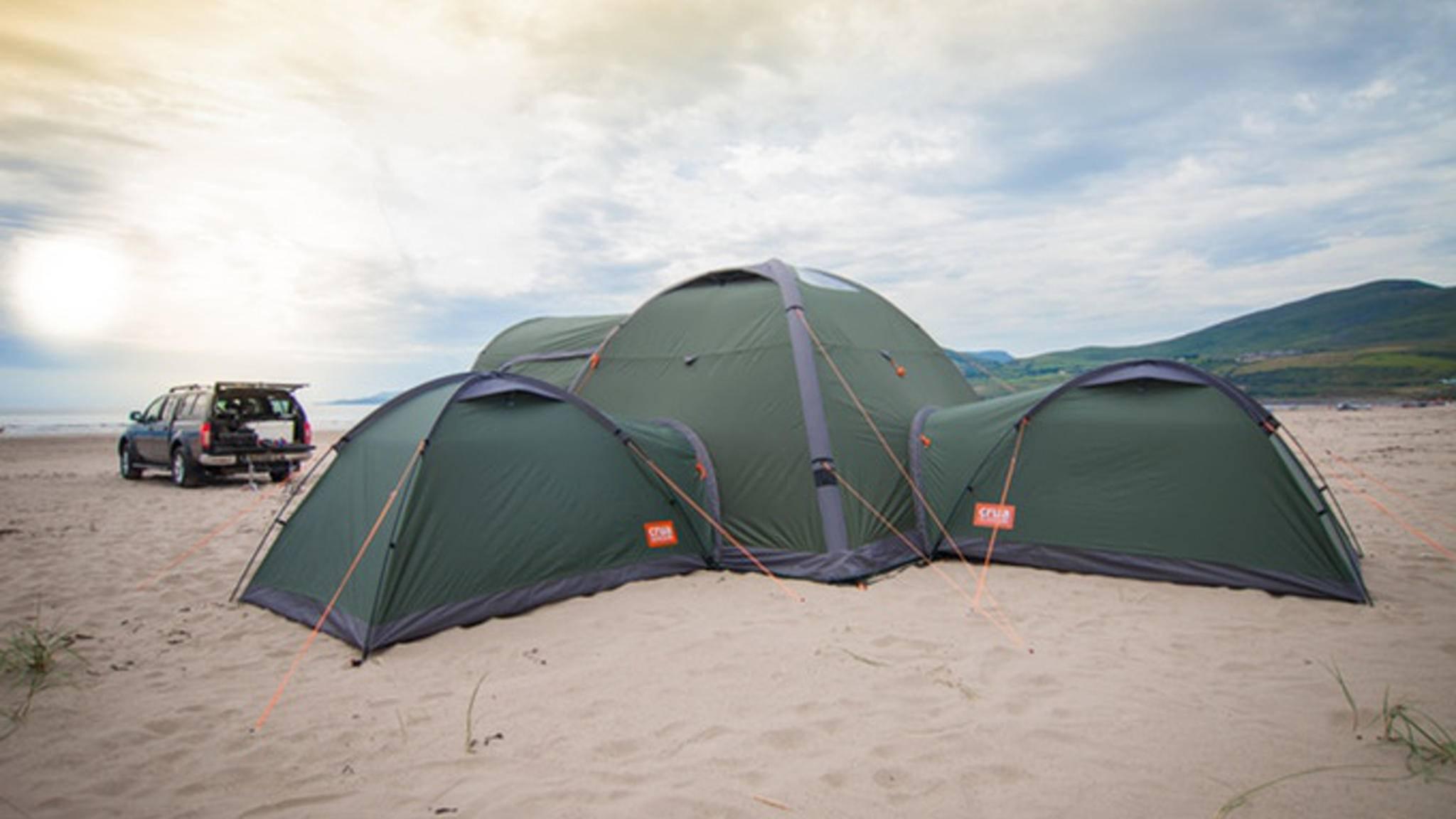 Das Crua Clan bietet bis zu sechs Schlafplätze.
