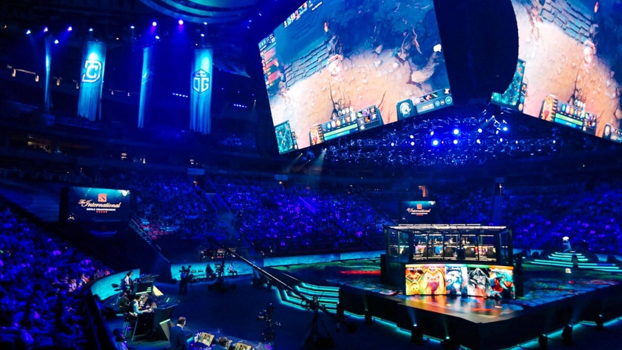 """eSport-Turniere wie """"The International"""" locken ein Millionenpublikum in Stadien und vor die Bildschirme."""