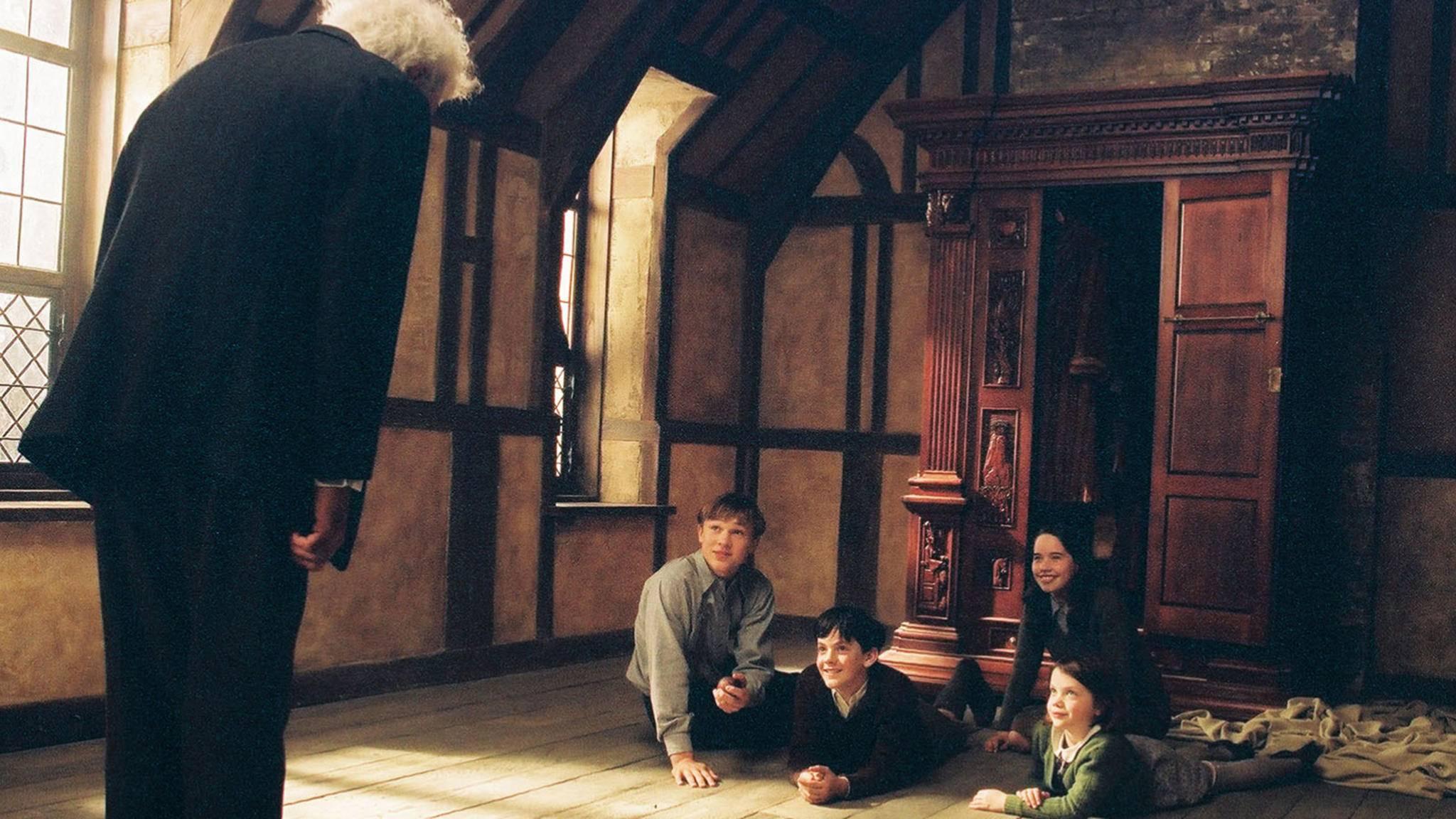 """In """"Die Chroniken von Narnia"""" birgt ein alter Kleiderschrank den Zugang in eine Parallelwelt."""