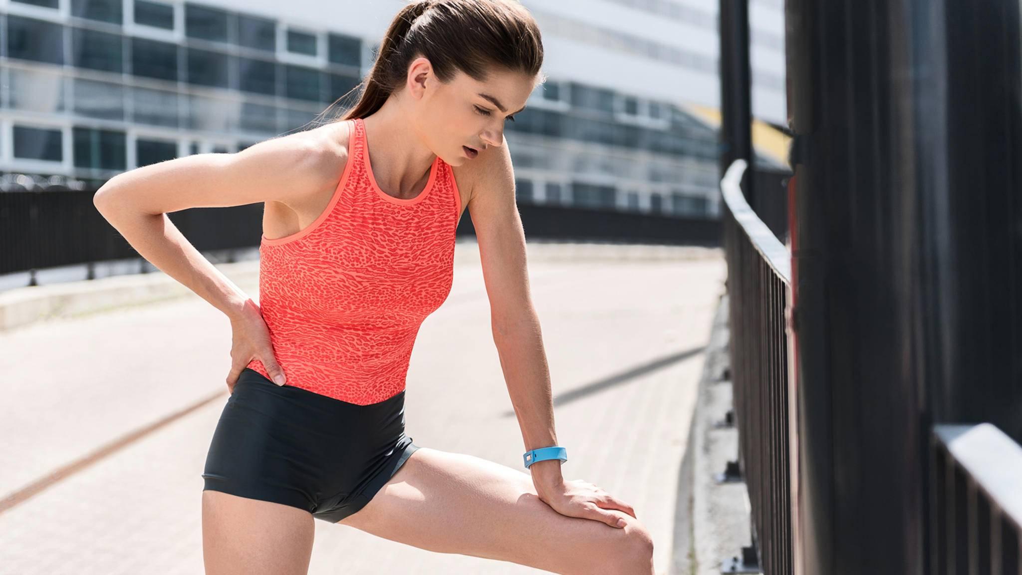 Zumindest auf Jugendliche scheinen Fitbit und Co. eher eine negative Wirkung zu haben.