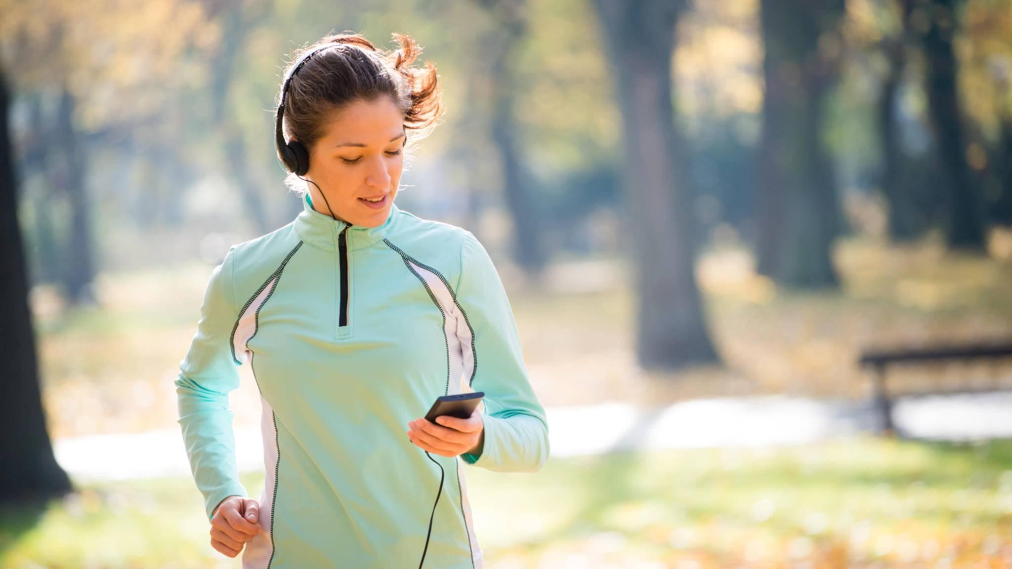 Weav Run erkennt Dein Lauftempo und passt die Musik entsprechend an.