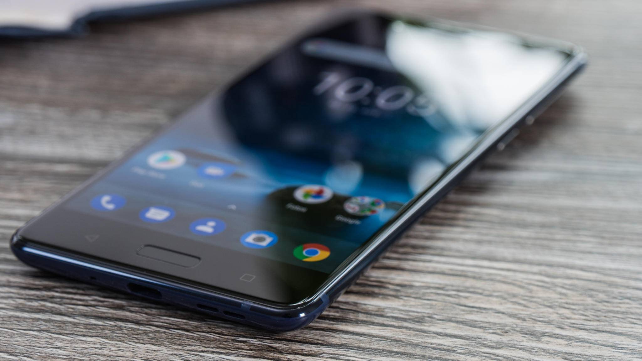 Das Nokia 8 startet in den Android-Oreo-Test.