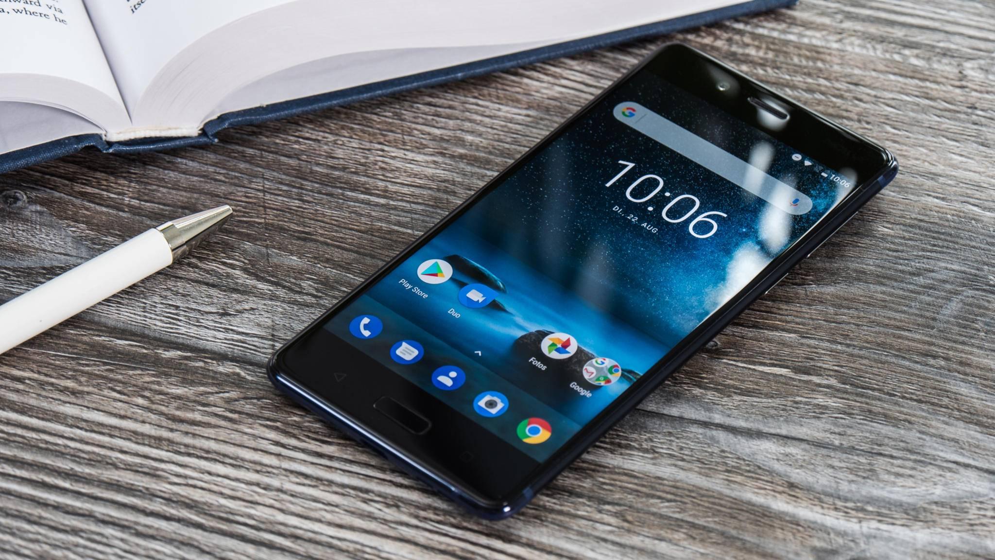 Das Nokia 8 ist ein aktuelles Flaggschiff mit Stock Android.