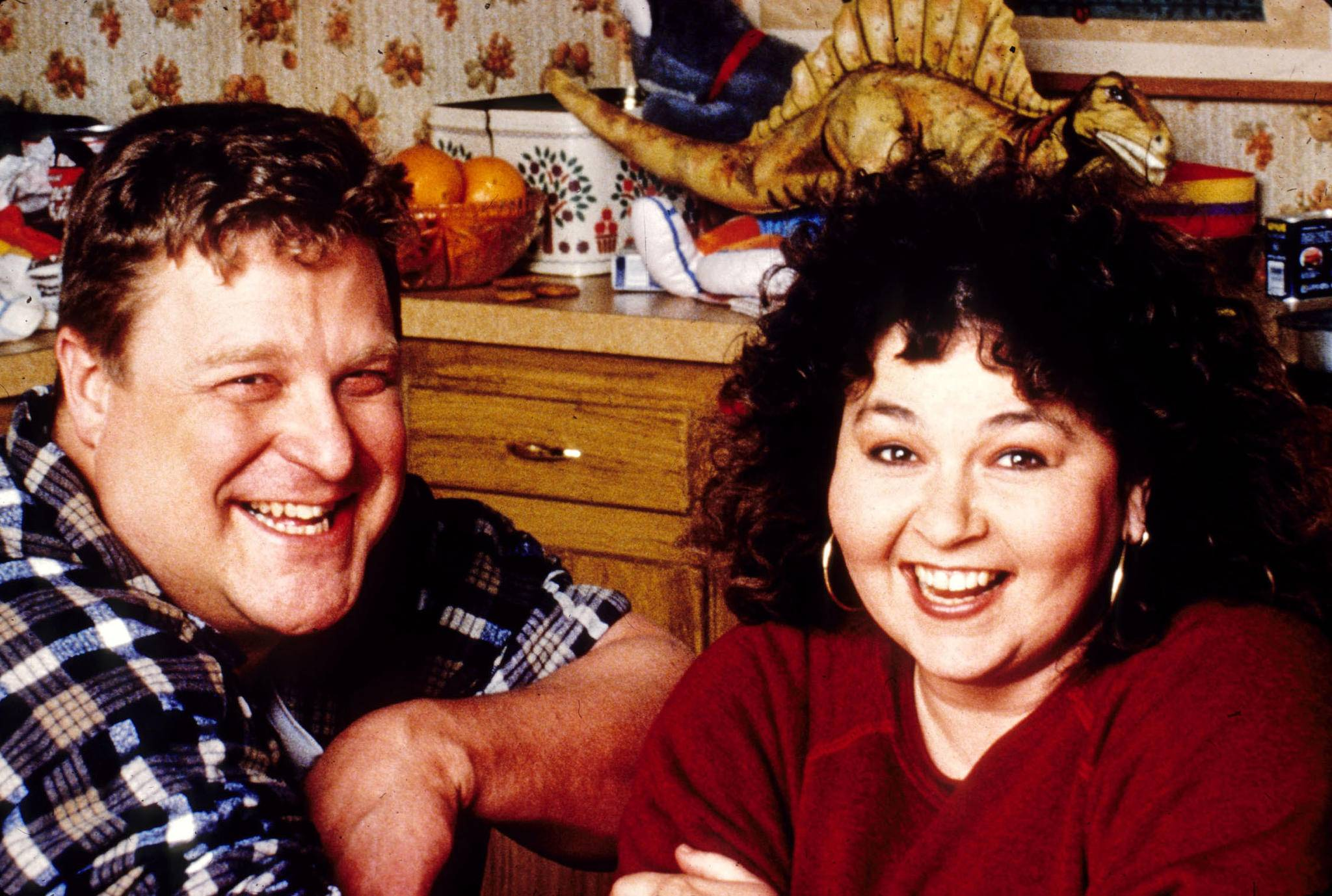 John Goodman und Roseanne Bar stehen als Papa Dan und Mama Roseanne bald wieder gemeinsam vor der Kamera.