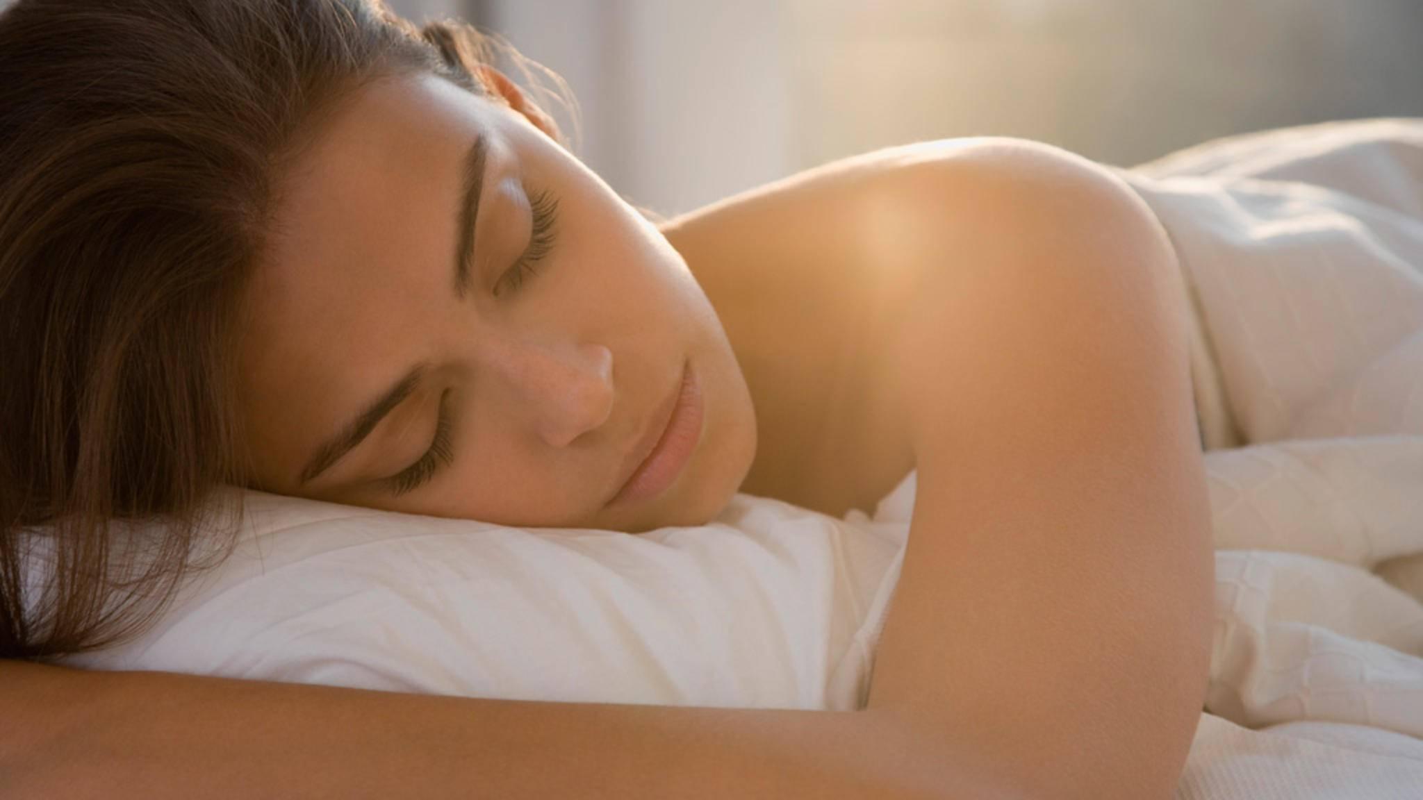 Klinisch exakte Werte liefern die Schlaftracker sicherlich nicht, doch sie können helfen, die eigenen Schlafgewohnheiten zu verbessern.