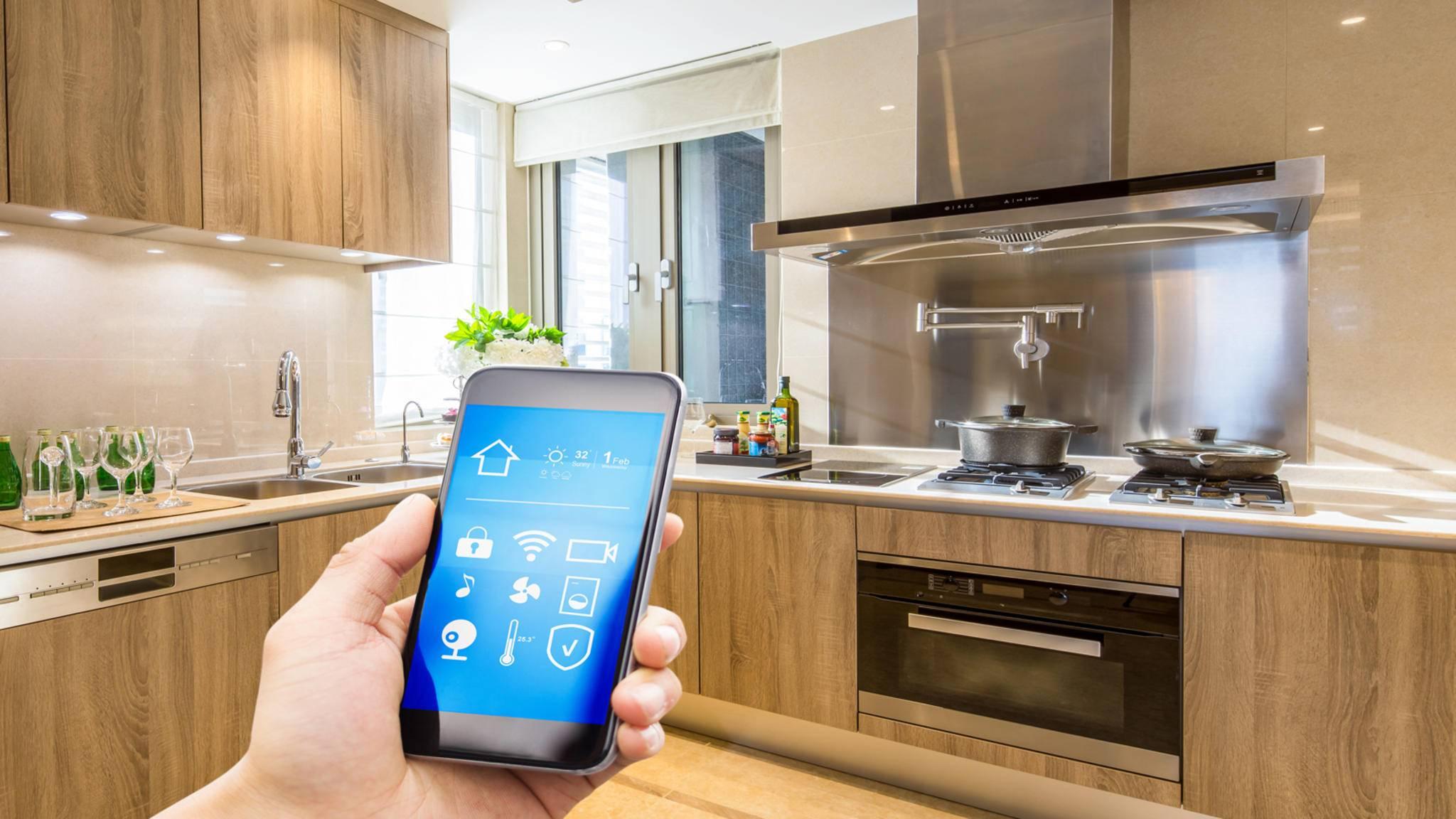 Bald schon kontrolliert eine App von Rezepte-Start-up SideChef Deine Sharp-Küchengeräte.