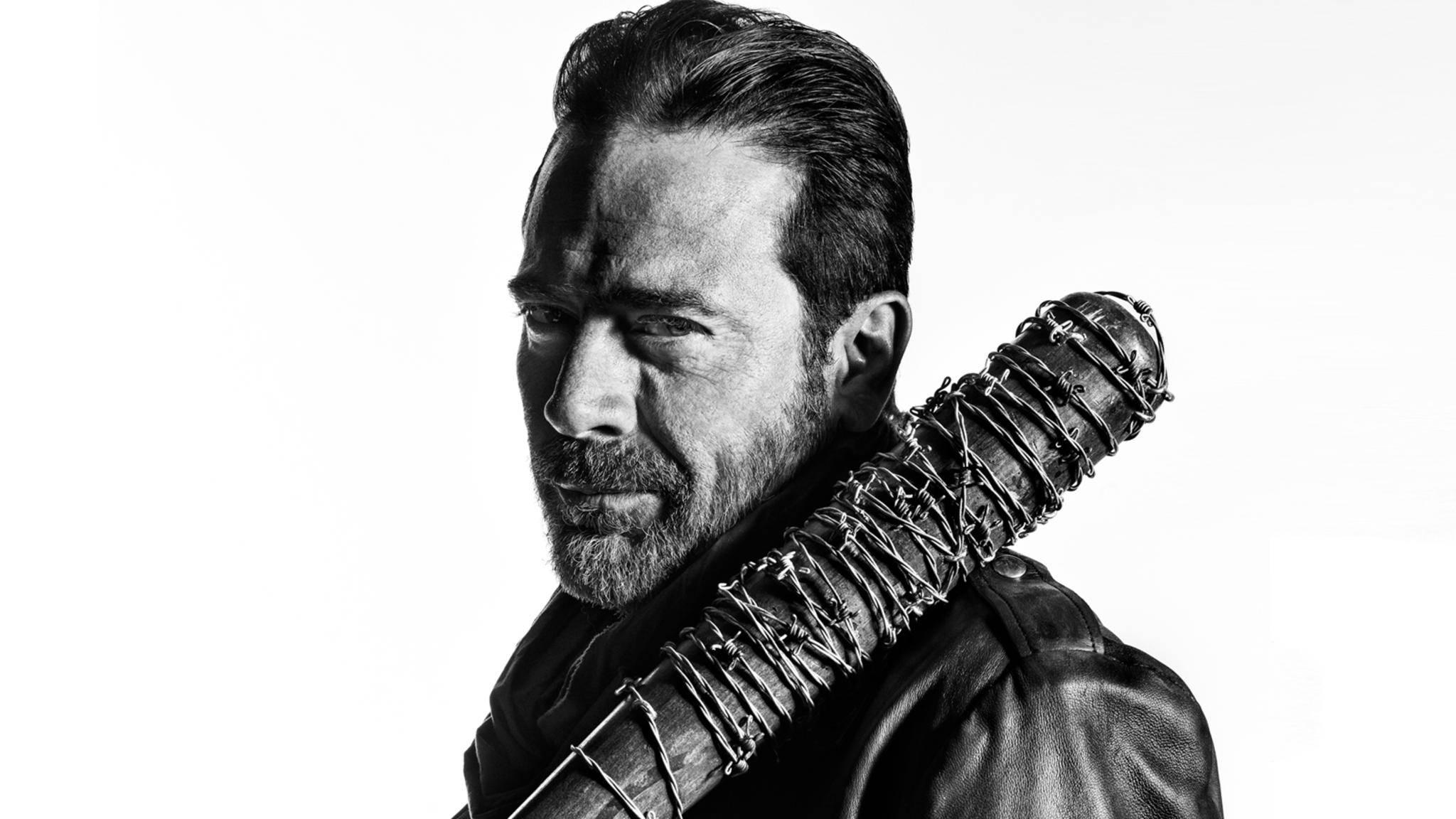 """Ein eingespieltes Team bei """"The Walking Dead"""": Negan und seine stete Begleitung Lucille."""
