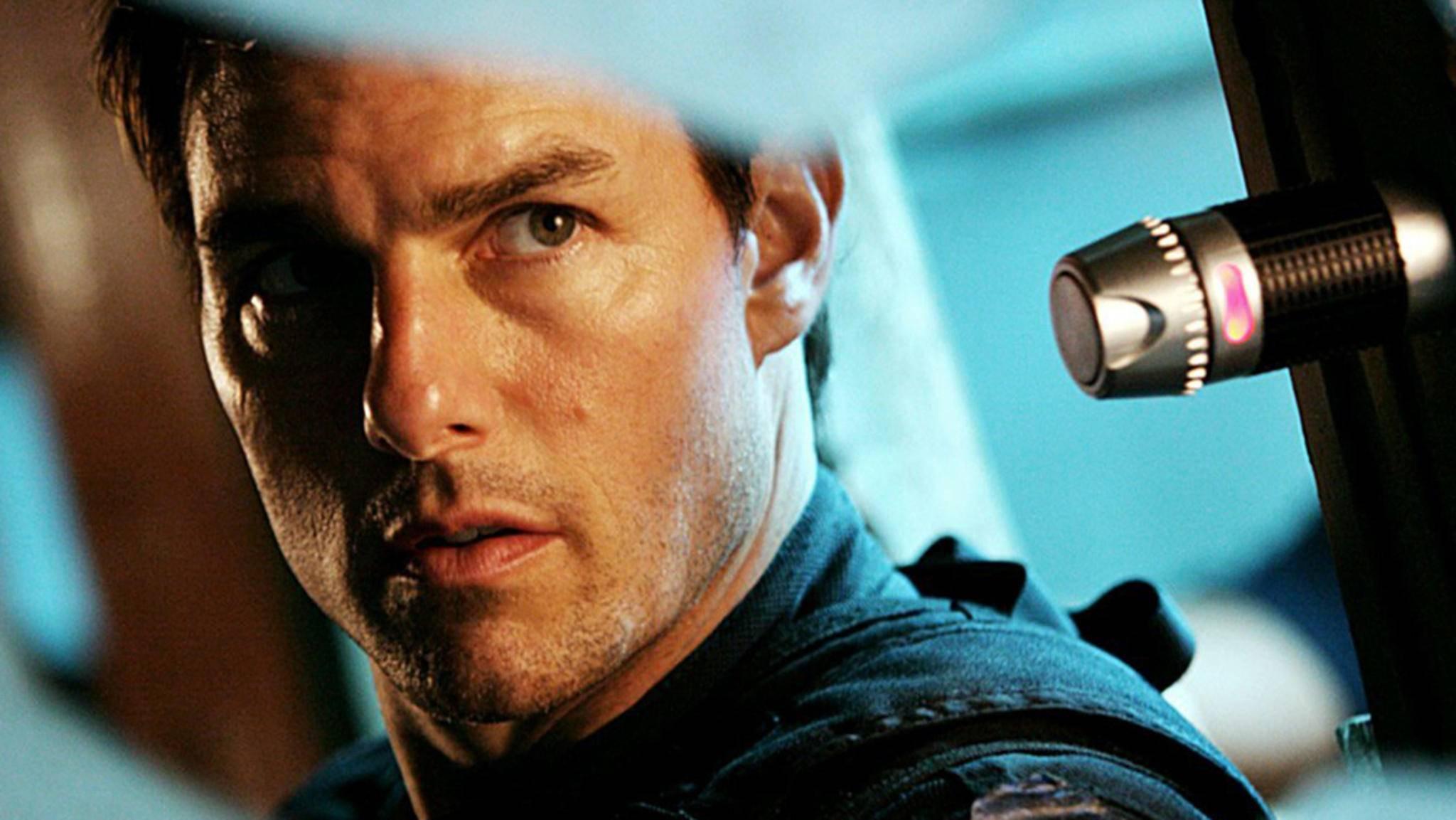 Wie lange Tom Cruise nicht vor die Kamera darf, soll nun der Arzt entscheiden.