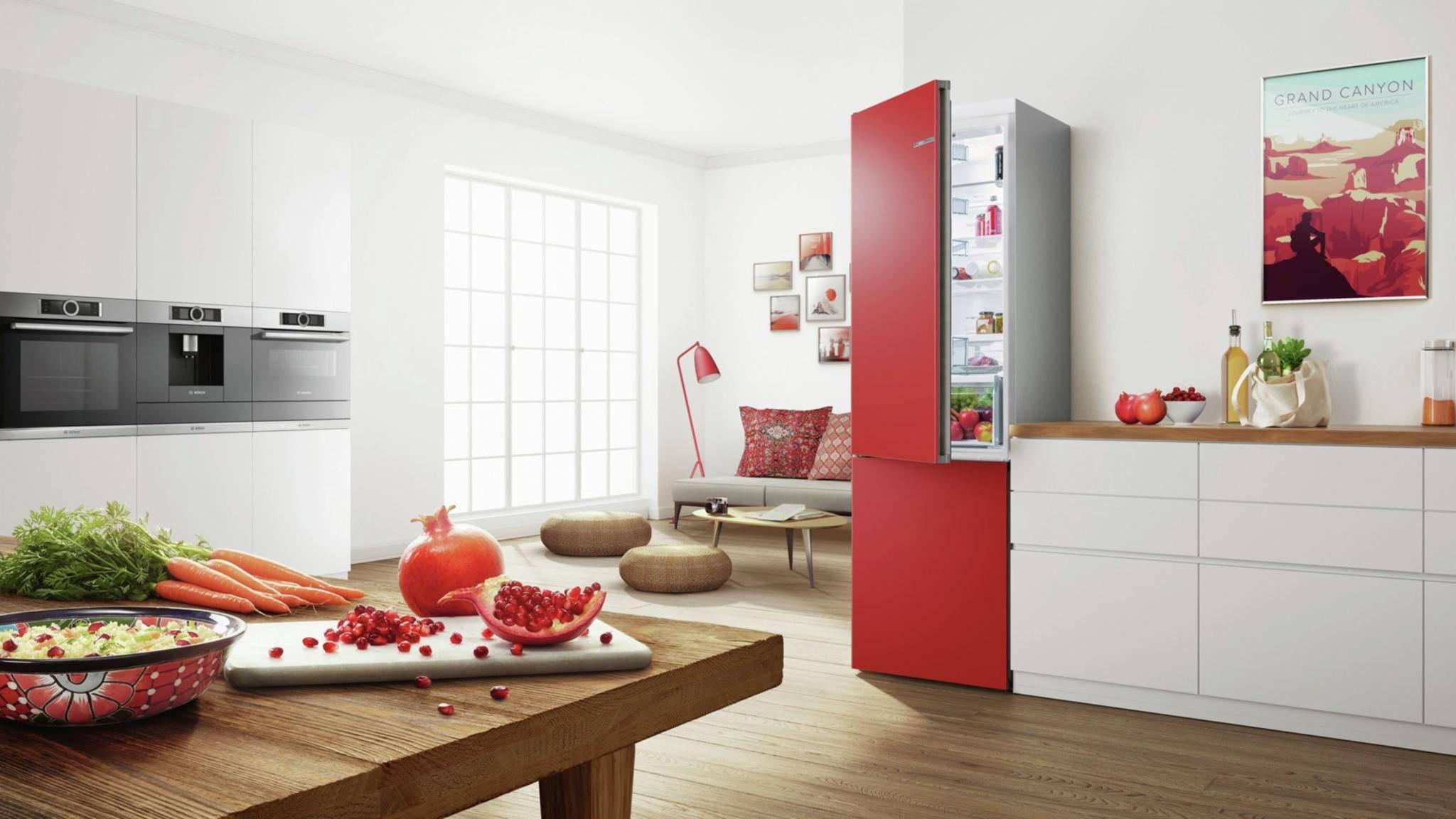 So ein schön knalliger Kühlschrank hat was ...