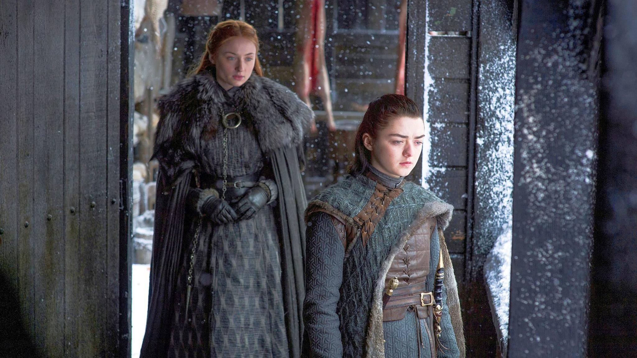 Sansa und Arya haben einen fiesen Plan ausgeheckt.