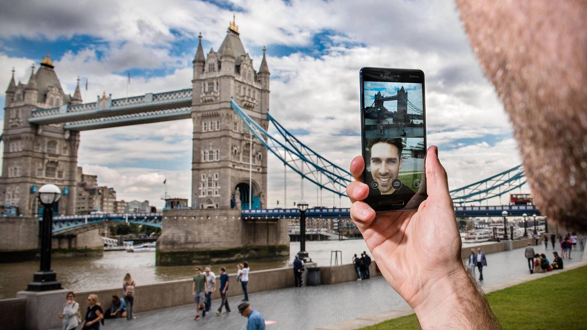 Social-Media-Freunde werden mit dem Nokia 8 auf ihre Kosten kommen – einem Dual-Live-Stream sei Dank.