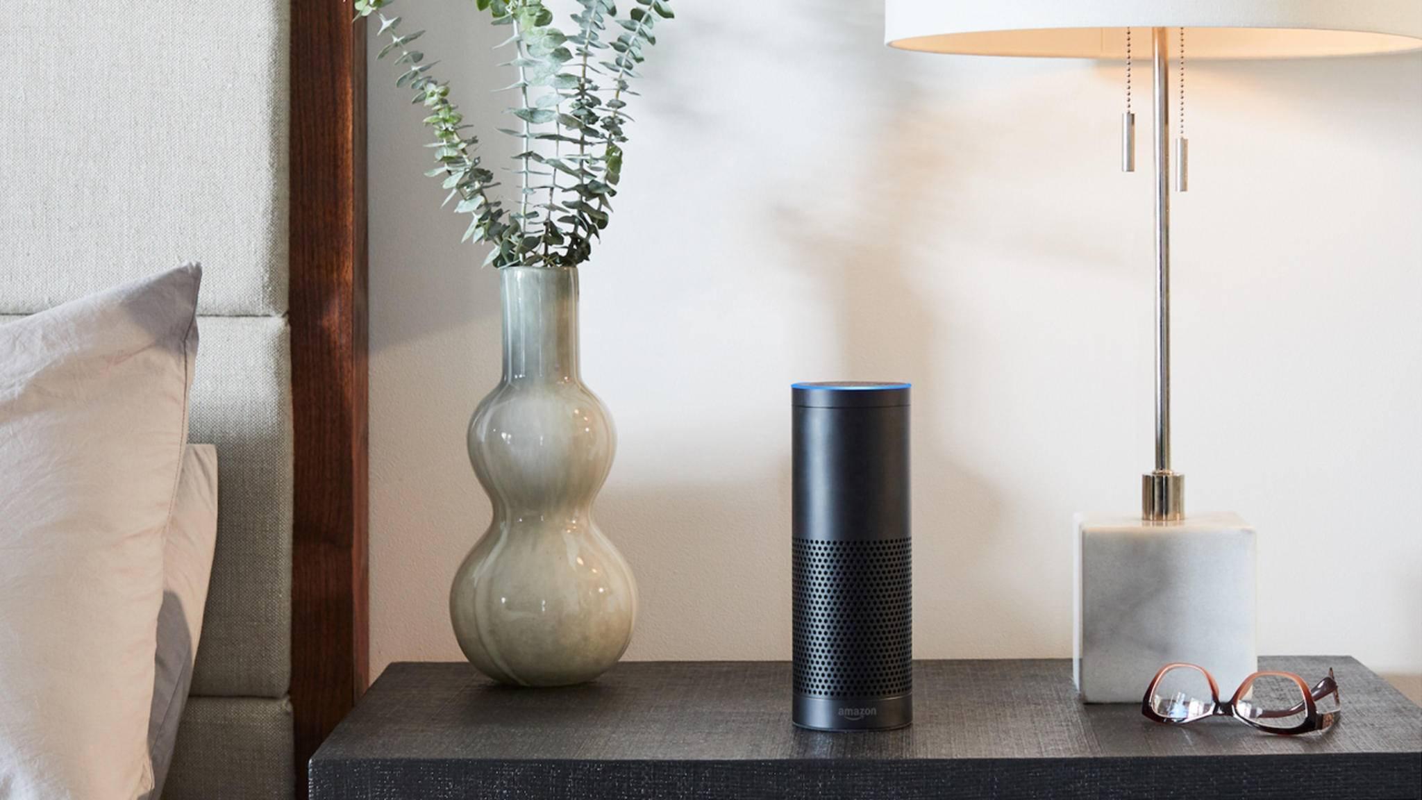 Sprachassistenten wie Amazon Alexa lassen sich mit unhörbaren Befehlen überlisten.