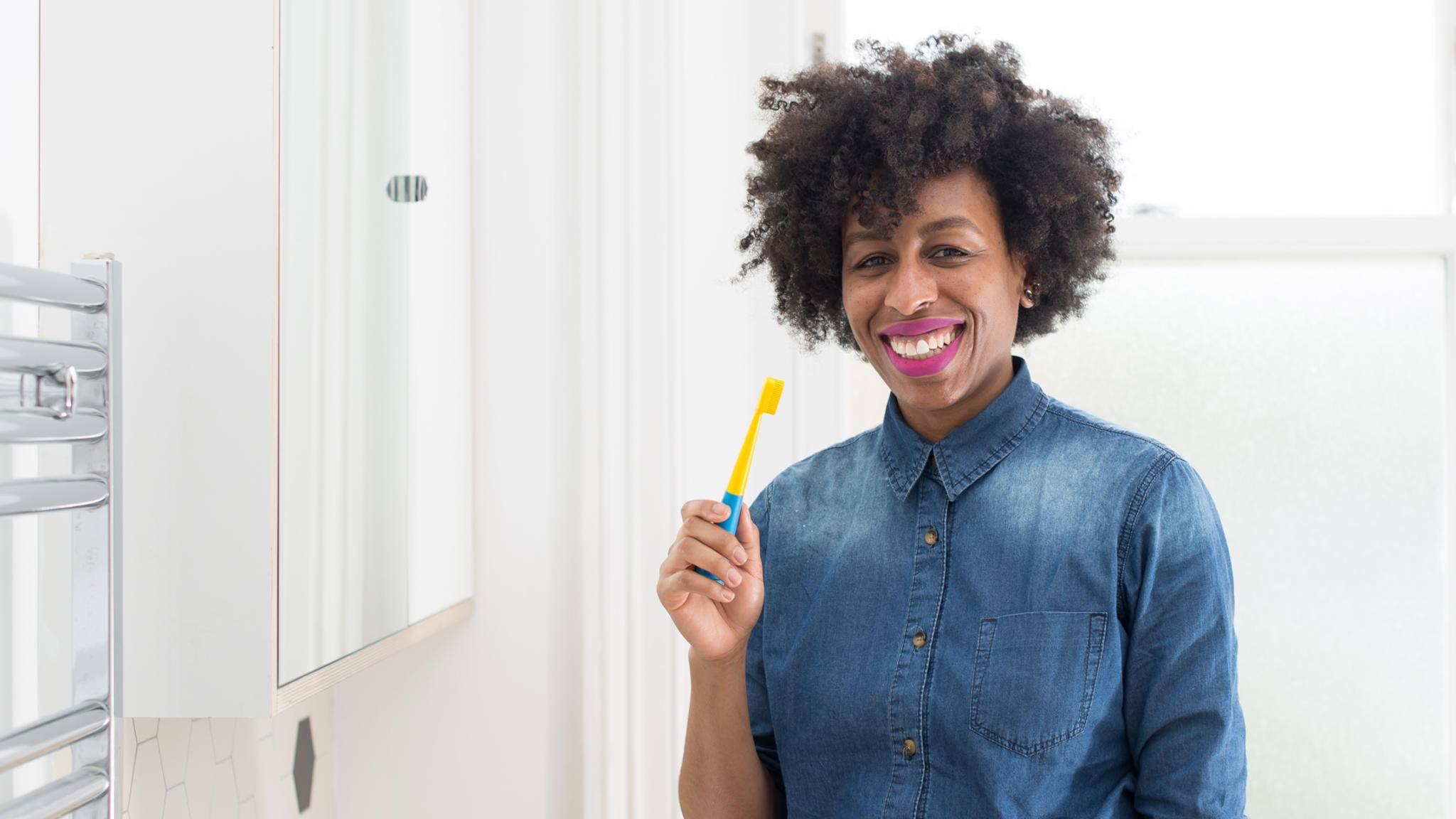 Spaß beim Zähneputzen verspricht die musikalische Zahnbürste Benjamin Brush.