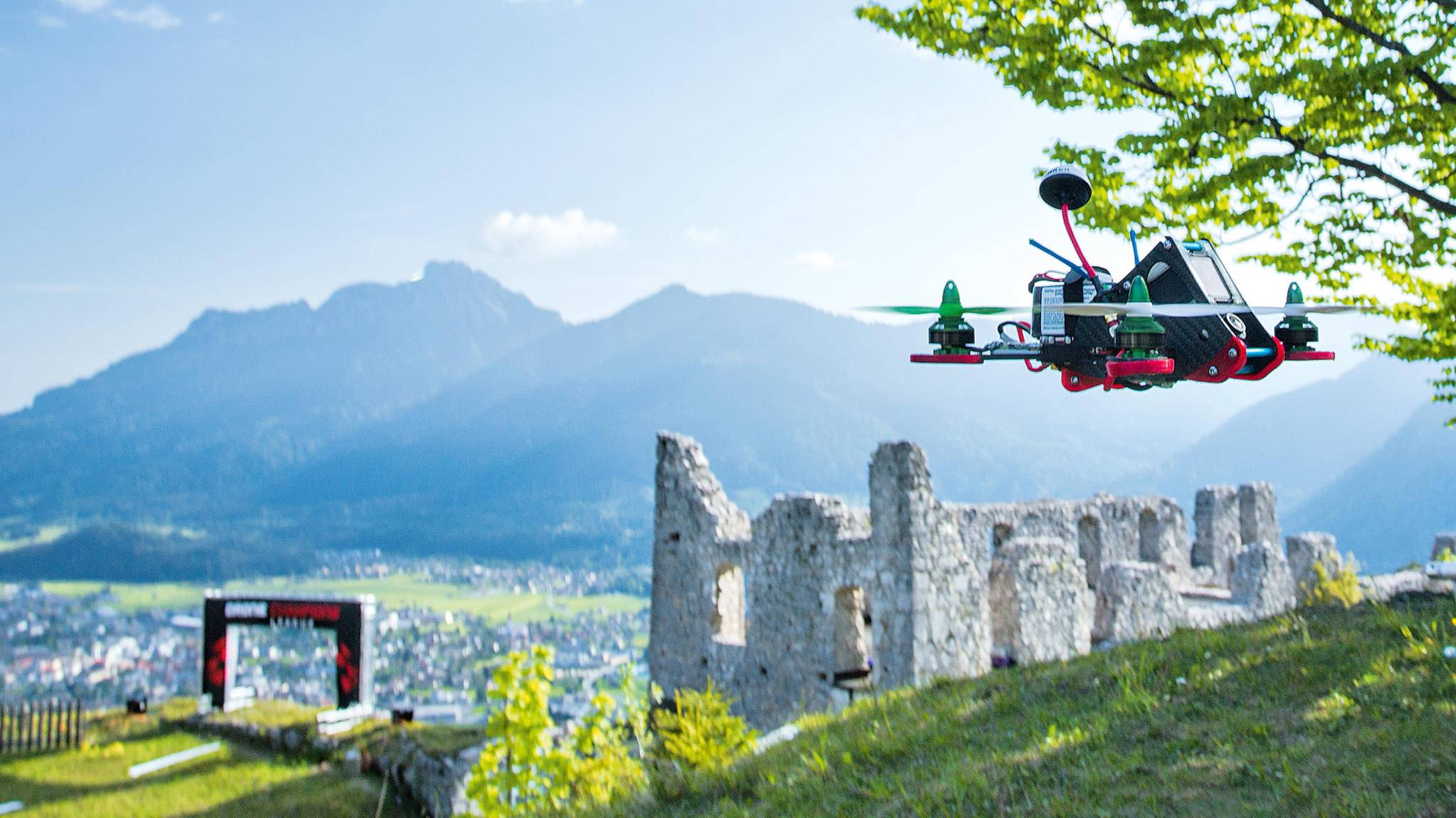 Mit Drohnen werden mittlerweile richtige Rennen ausgetragen.