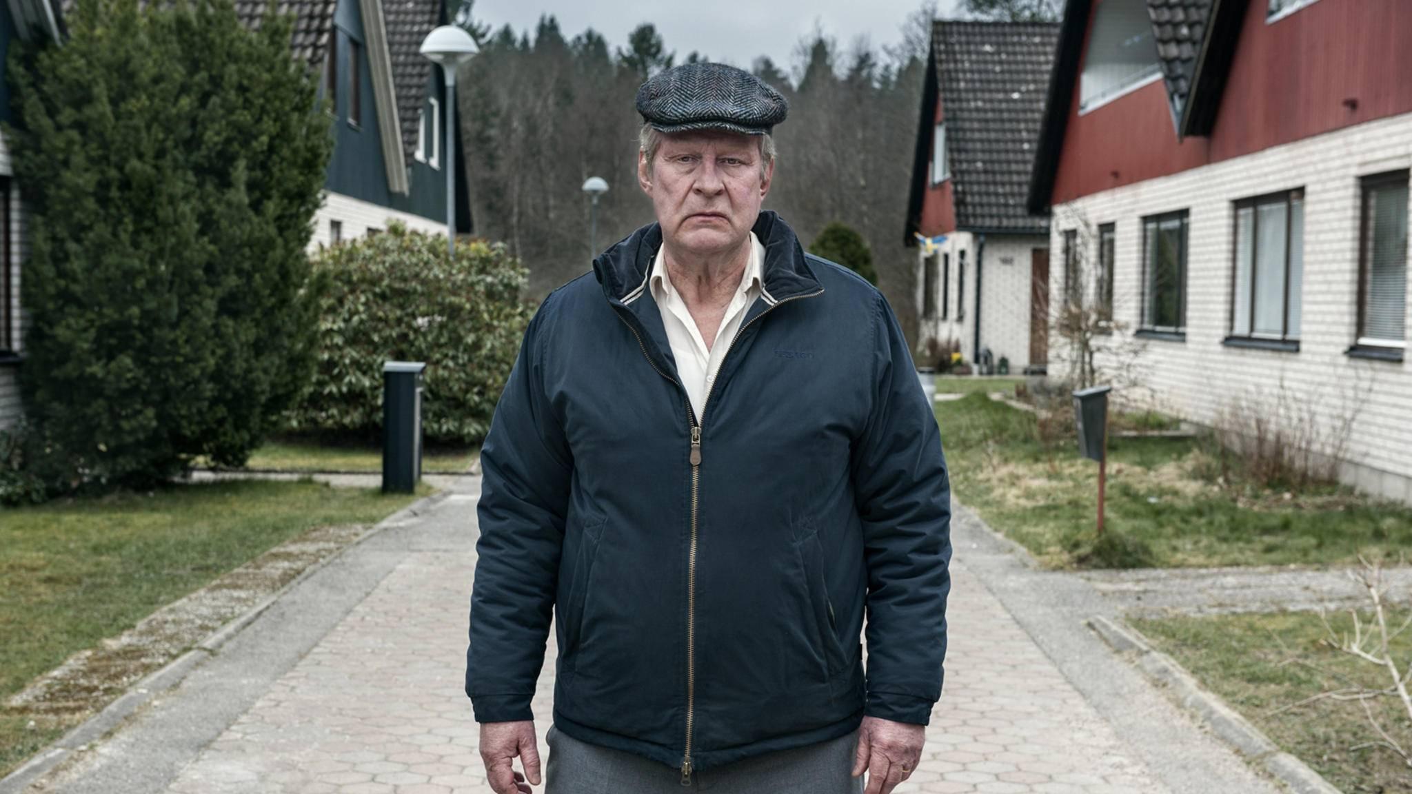 In der schwedischen Verfilmung spielte Rolf Lassgård den miesepetrigen Ove.