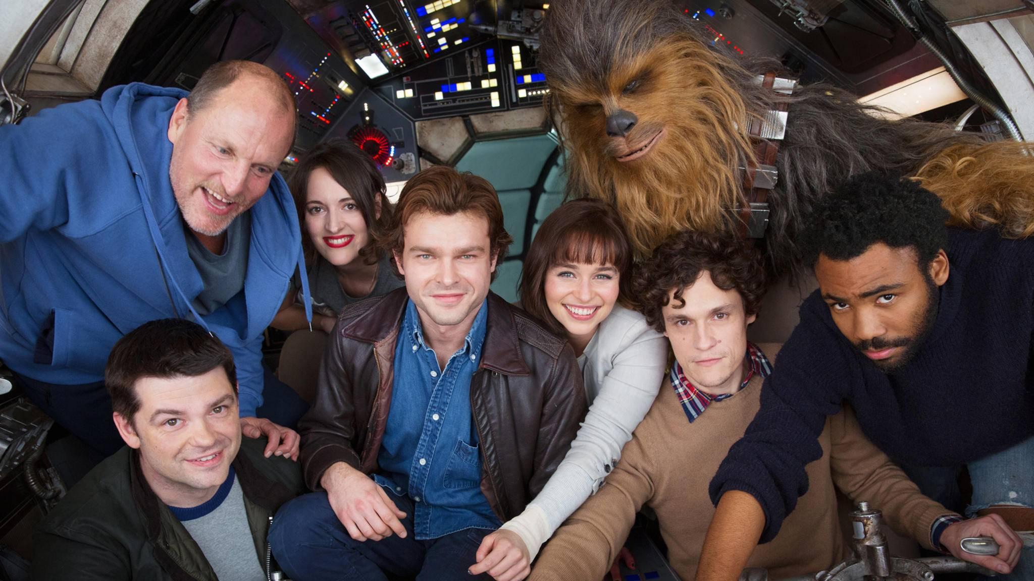 """Die Dreharbeiten sind beendet! Schon im kommenden Mai soll """"Solo: A Star Wars Story"""" in die deutschen Kinos kommen."""