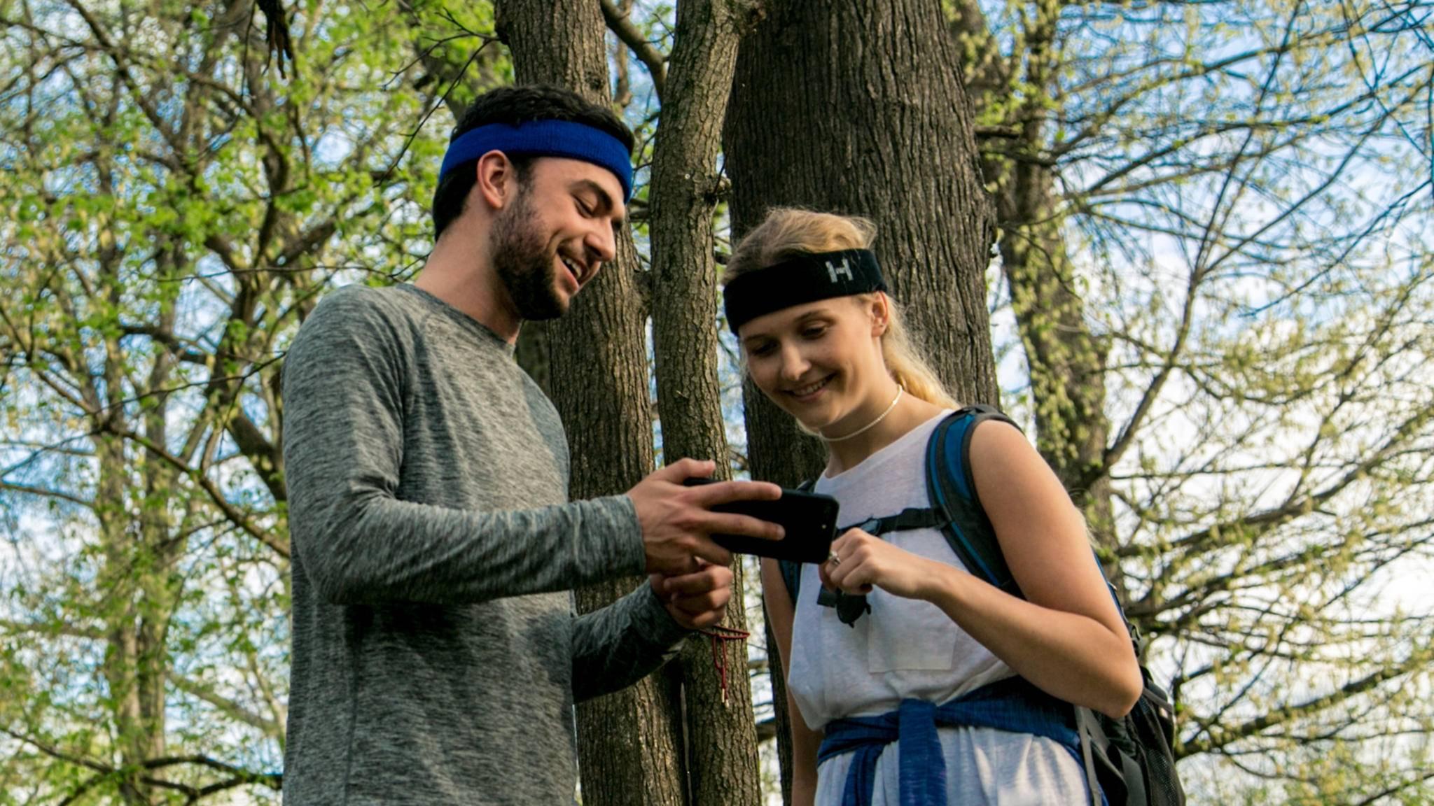 Das HeadNoise Fit sendet Fitnessdaten über Bluetooth an die zugehörige App.
