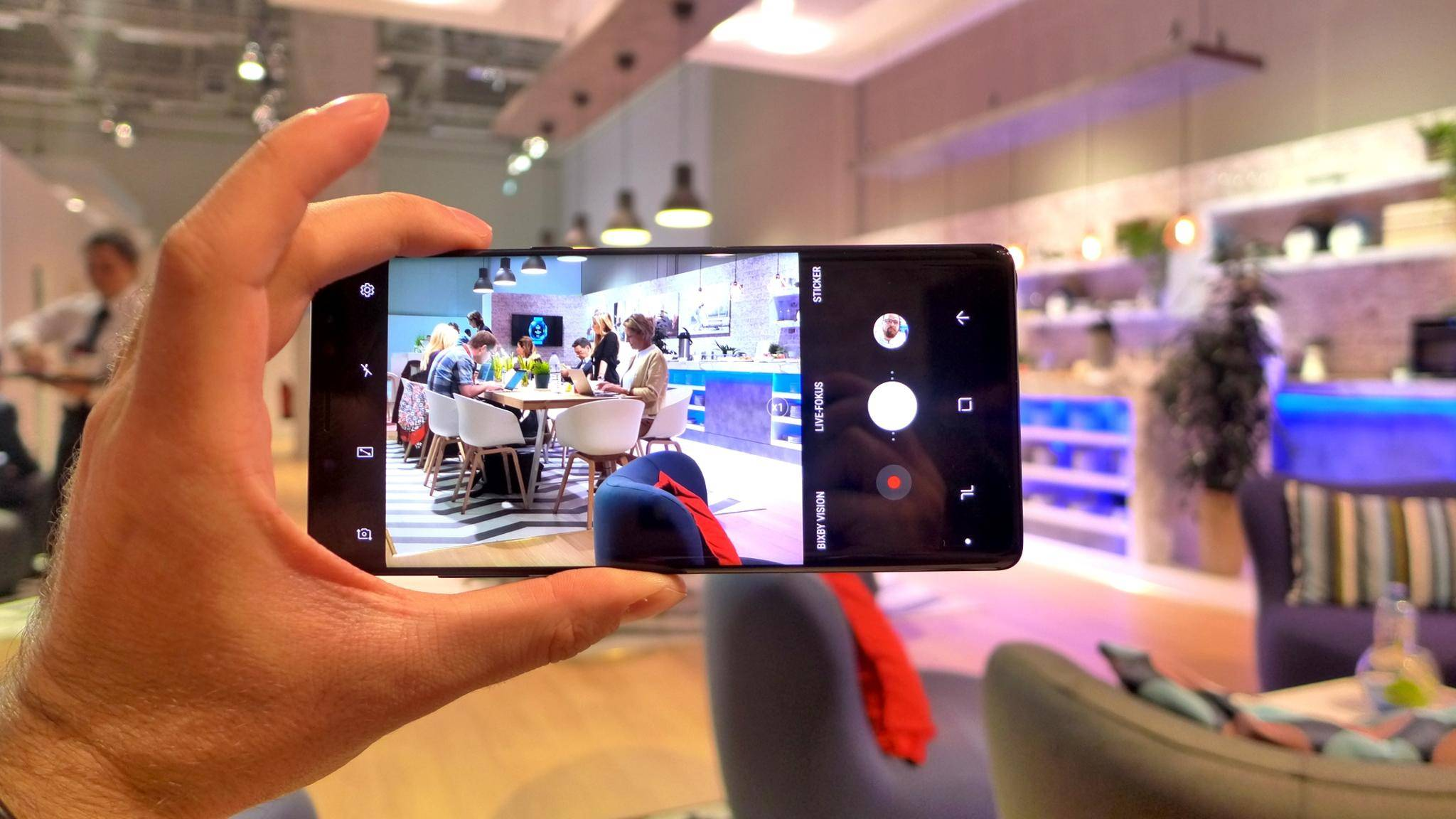 Das Galaxy Note 8 soll nach einem Update auch in 4K mit 60 Bildern pro Sekunde filmen können.