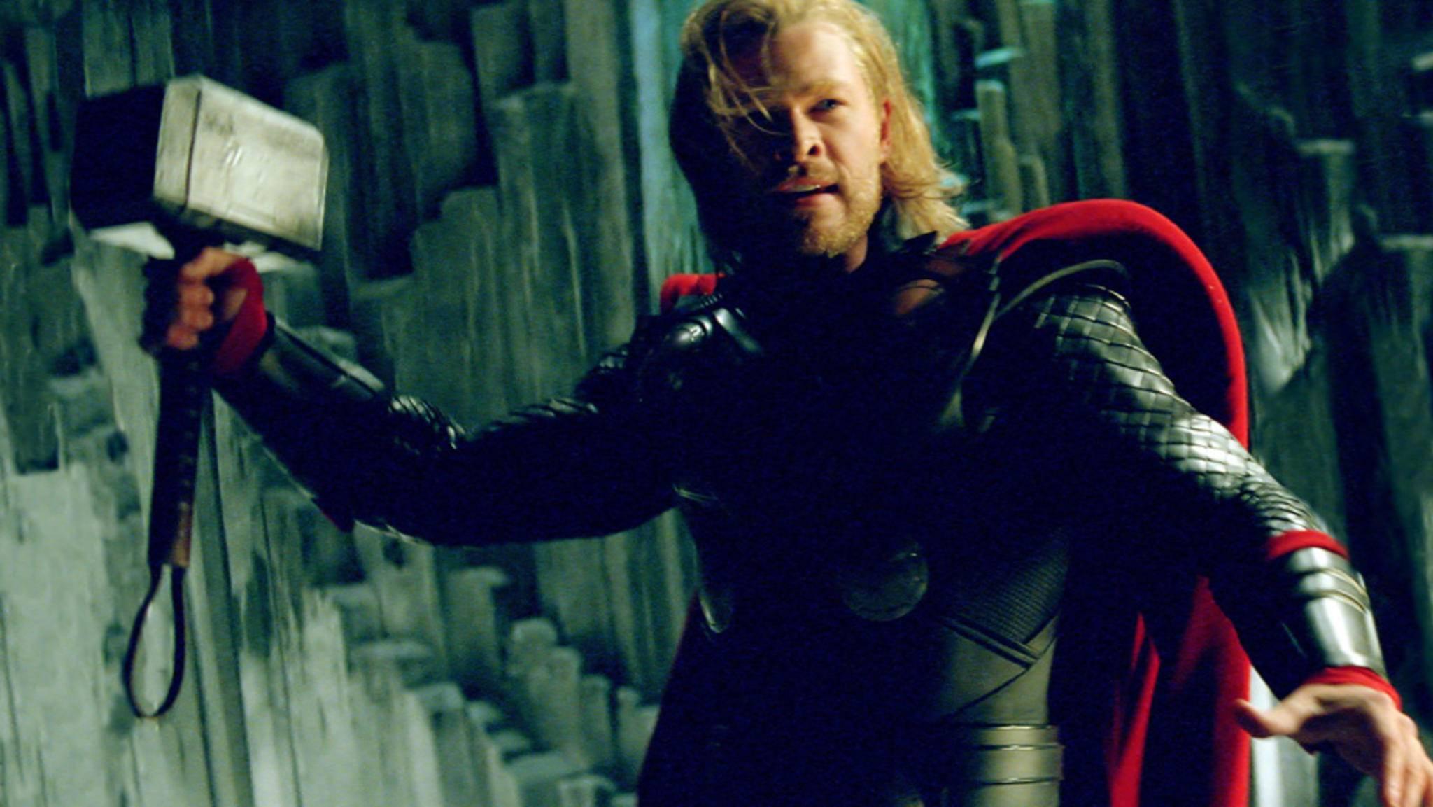 Auch Thors Hammer wird bei der großen Hollywood-Auktion versteigert.